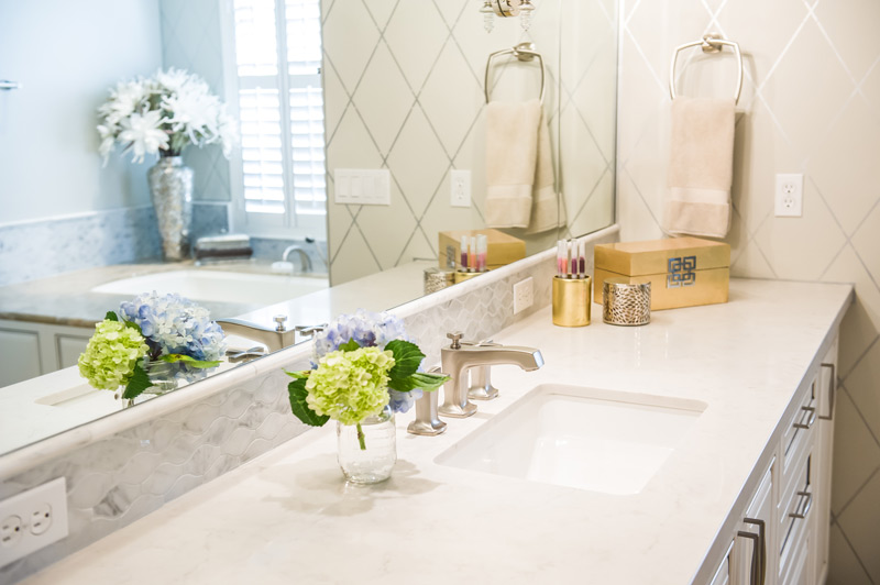 white-carrara-marble-master-bathroom-scottsdale.jpg