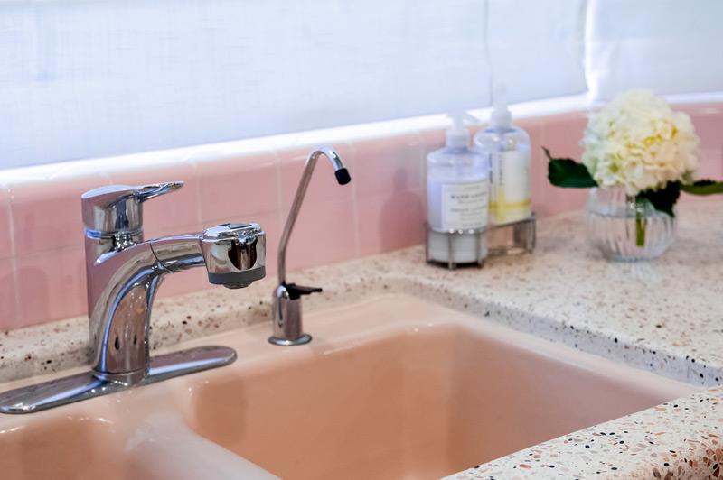 pink-sink.jpg