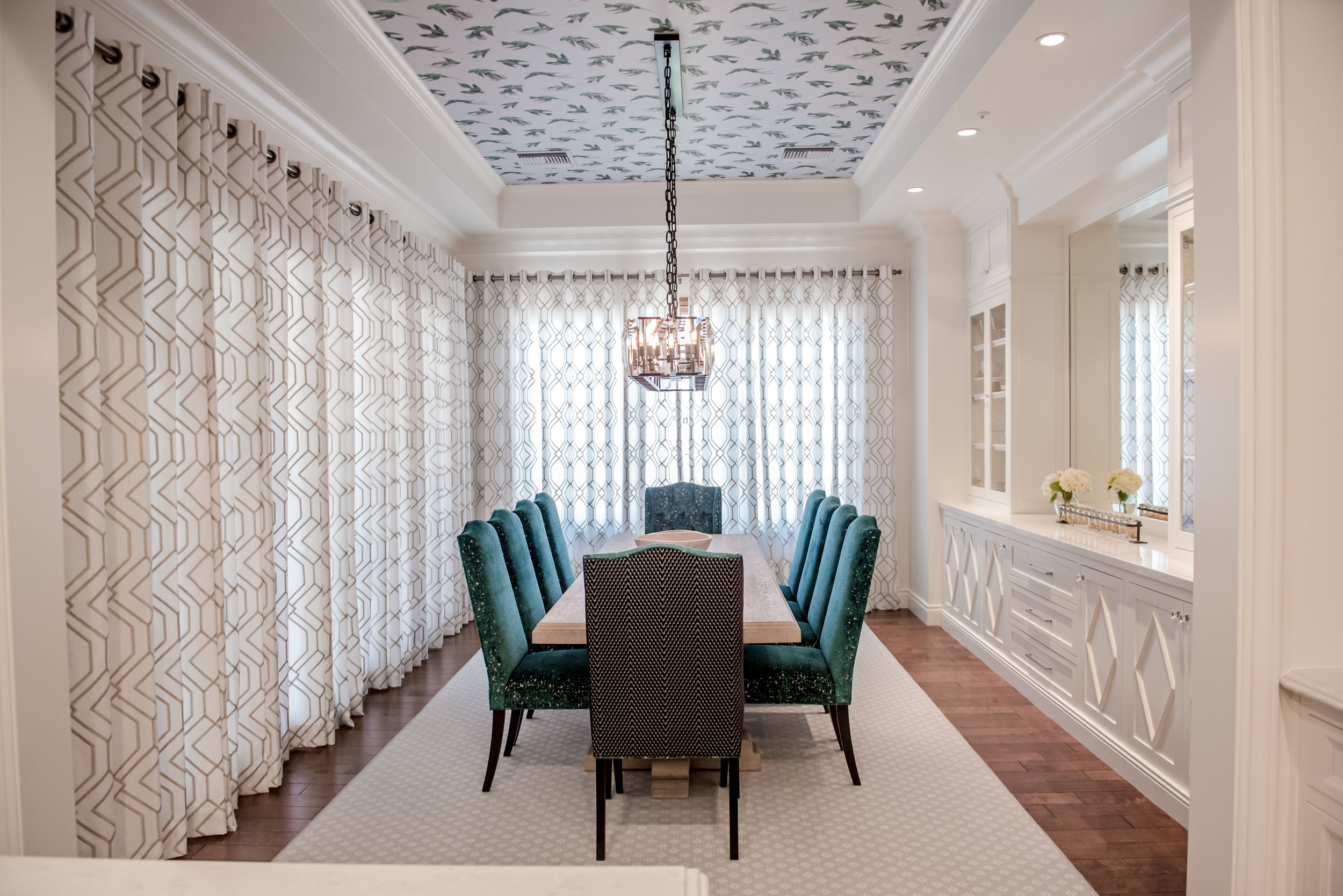 10+Dining+Transitional+Eclectic+Wallpaper+Ceiling+CustomChairs+Drapery+CrystalChandelier+Builtins.jpg