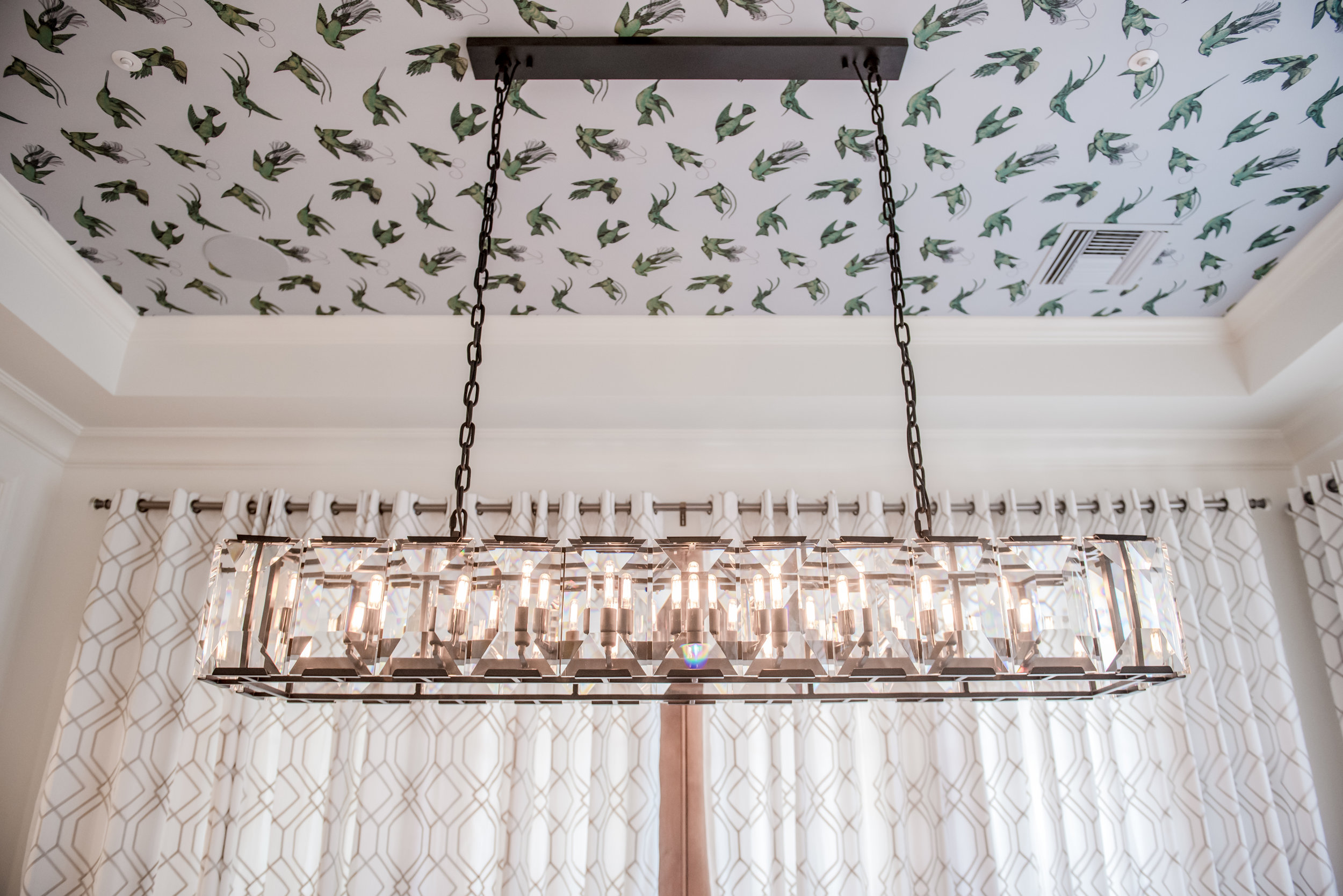 12+Dining+Wallpaper+Ceiling+Crystal+Chandelier+Drapery.jpg