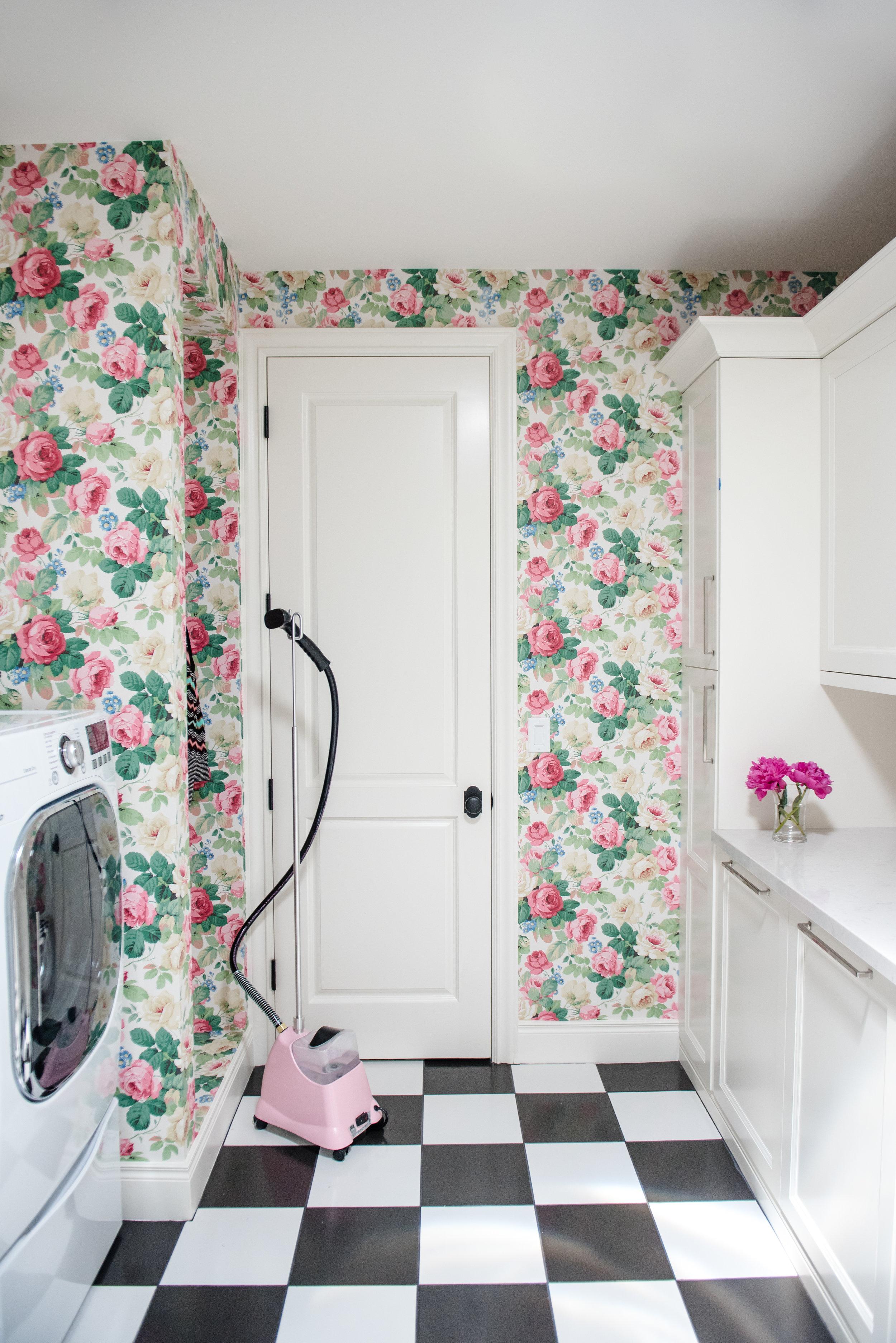 43+Laundry+Checkerboard+Floral+BlackandWhite+Feminine+Wallpaper.jpg