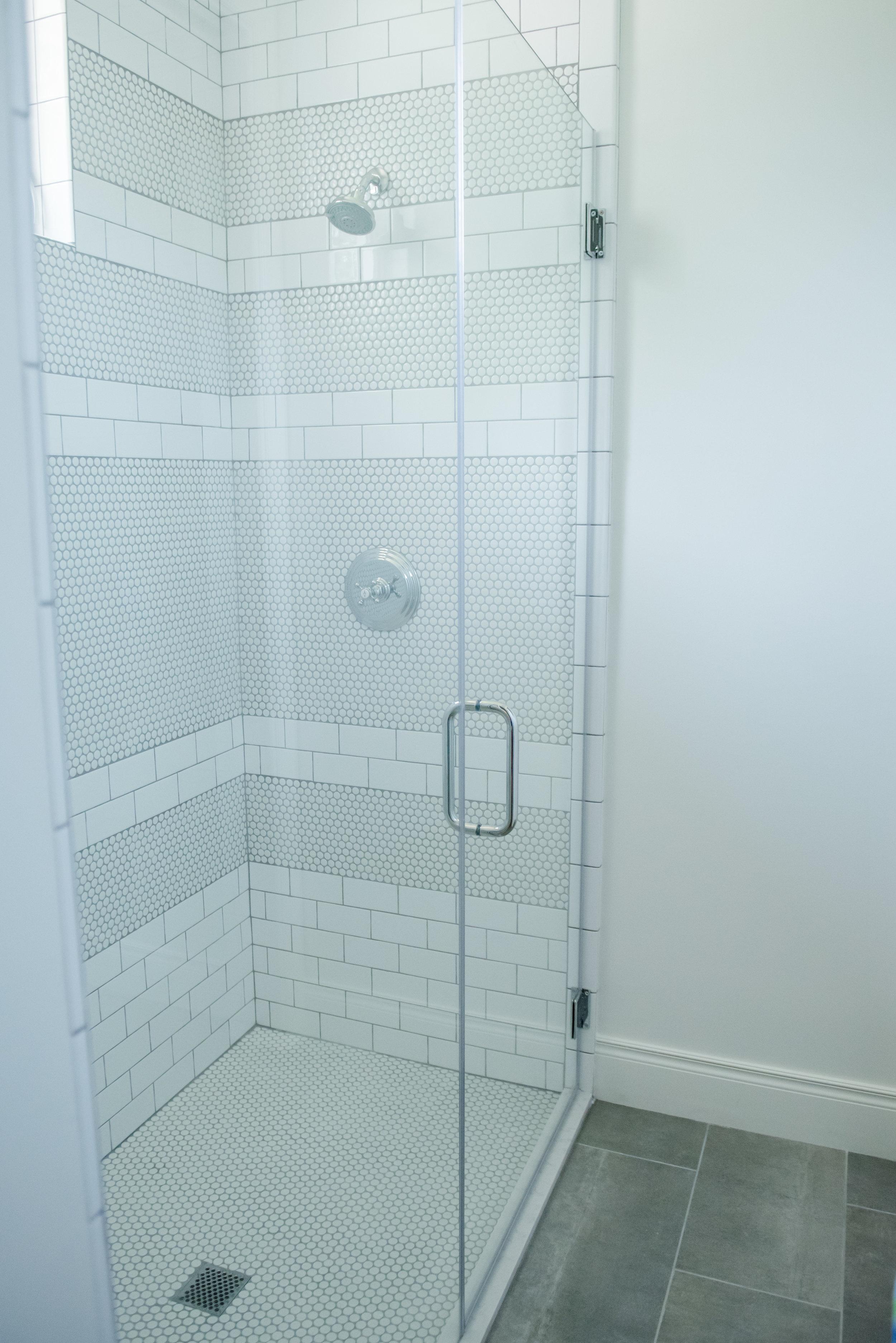 51+Bath+Tile+Subway+Pennytile+Gray+White+Transitional.jpg
