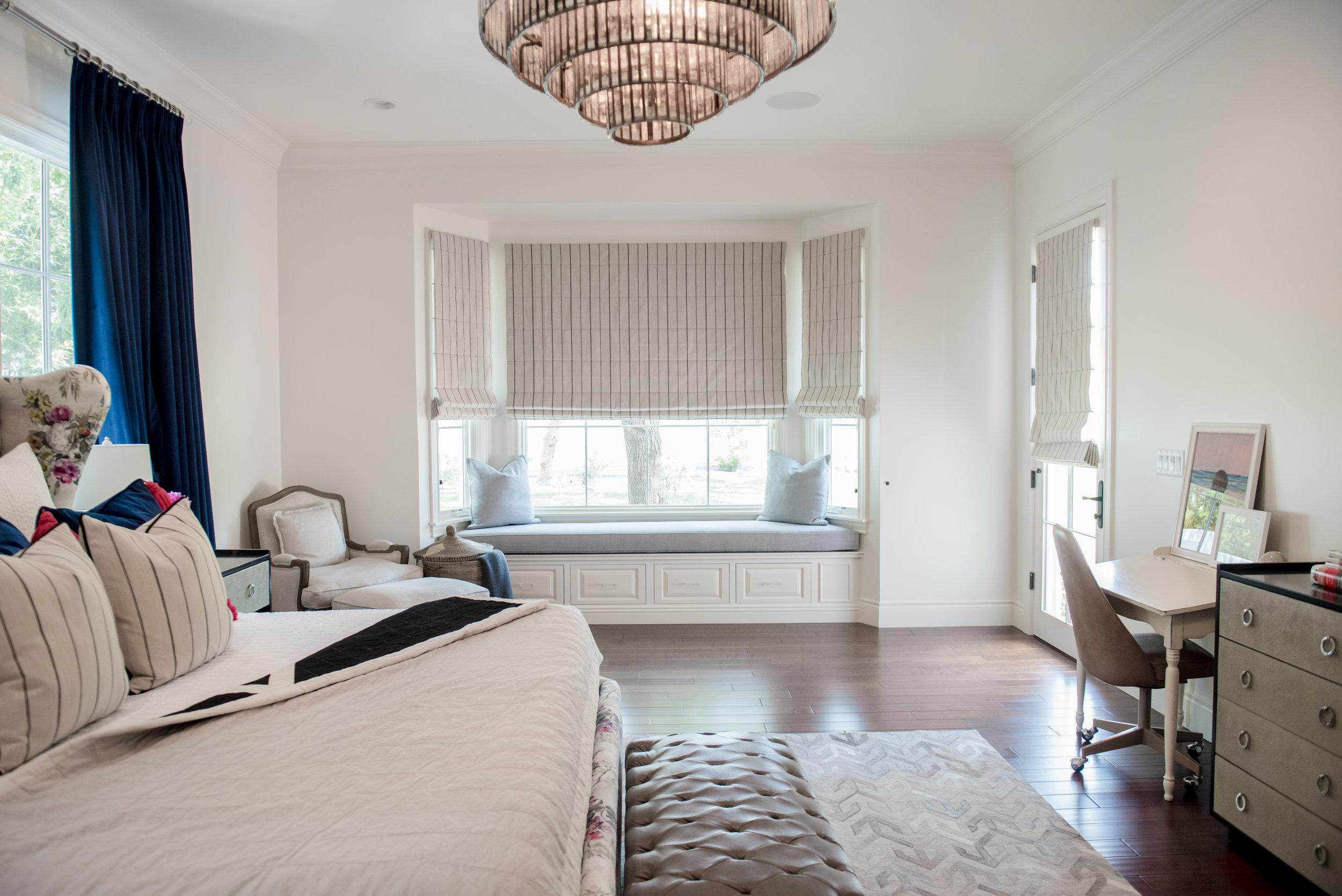 66+Master+Bedroom+Traditional+Floral+Custom+Artwork+Scottsdale+Drapery+Restorationhardware+Crystal.jpg