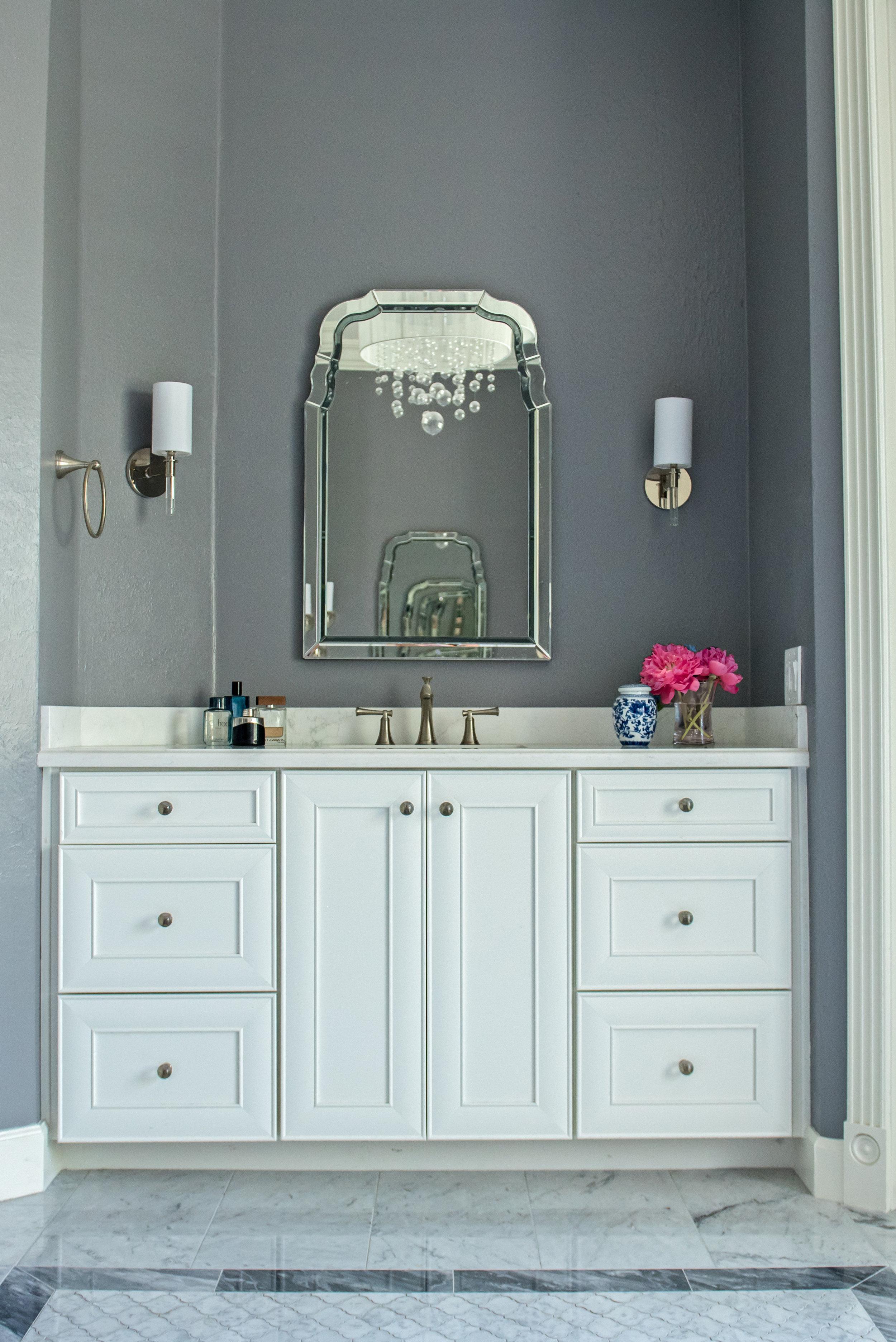 22- Master Bath White Vanity.jpg