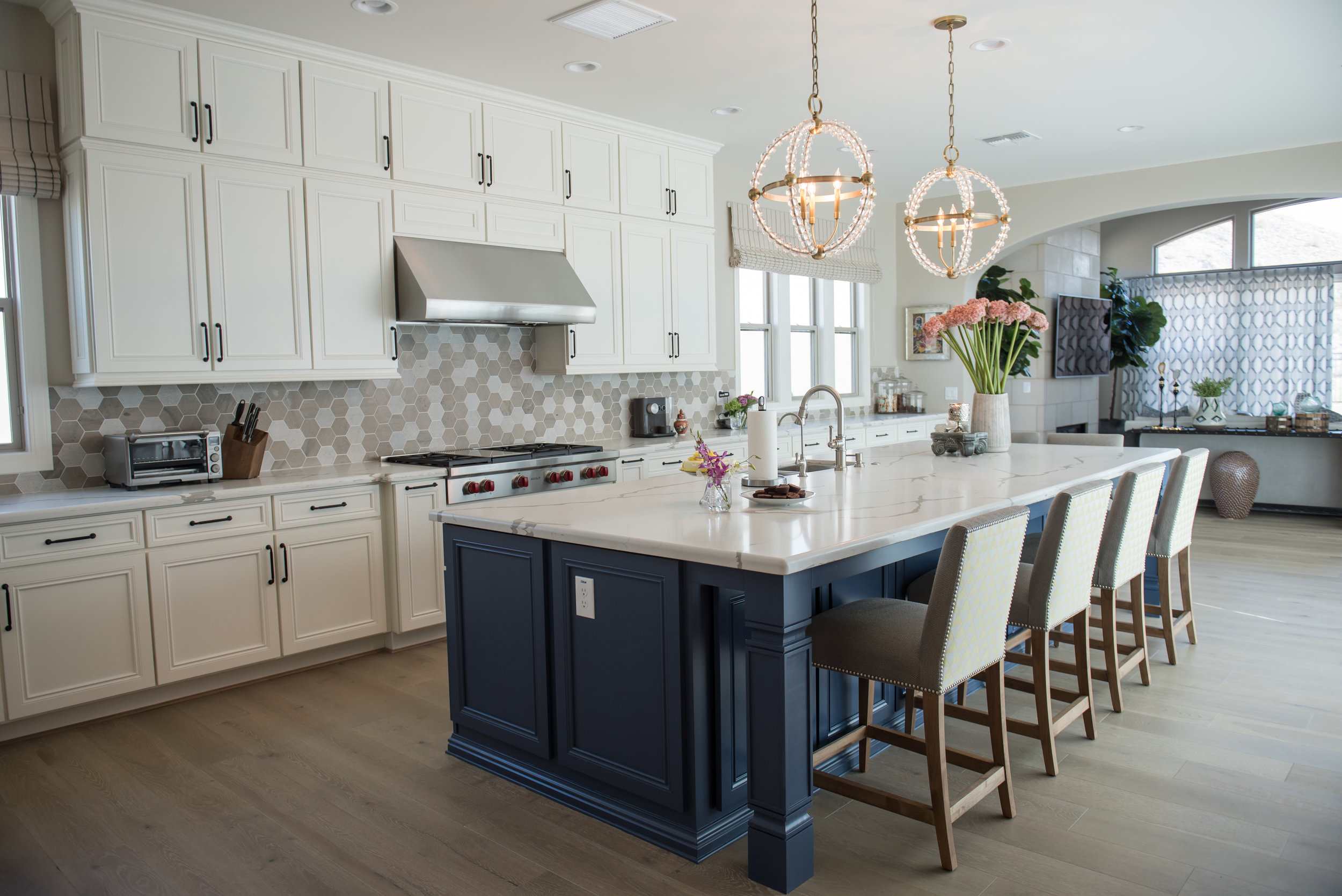 5 Kitchen+Transitional+Scottsdale+Chandelier.jpg