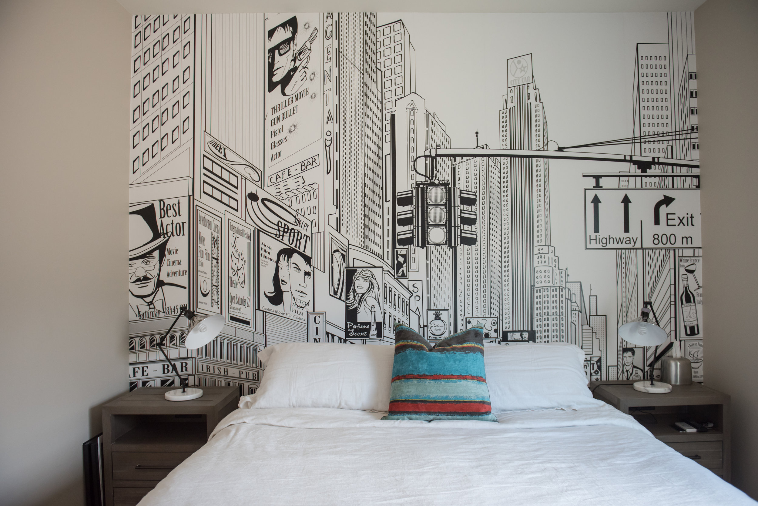 21 Scottsdale+Modern+Boysbedroom+Wallpaper+Mural+City+Skyline.jpg
