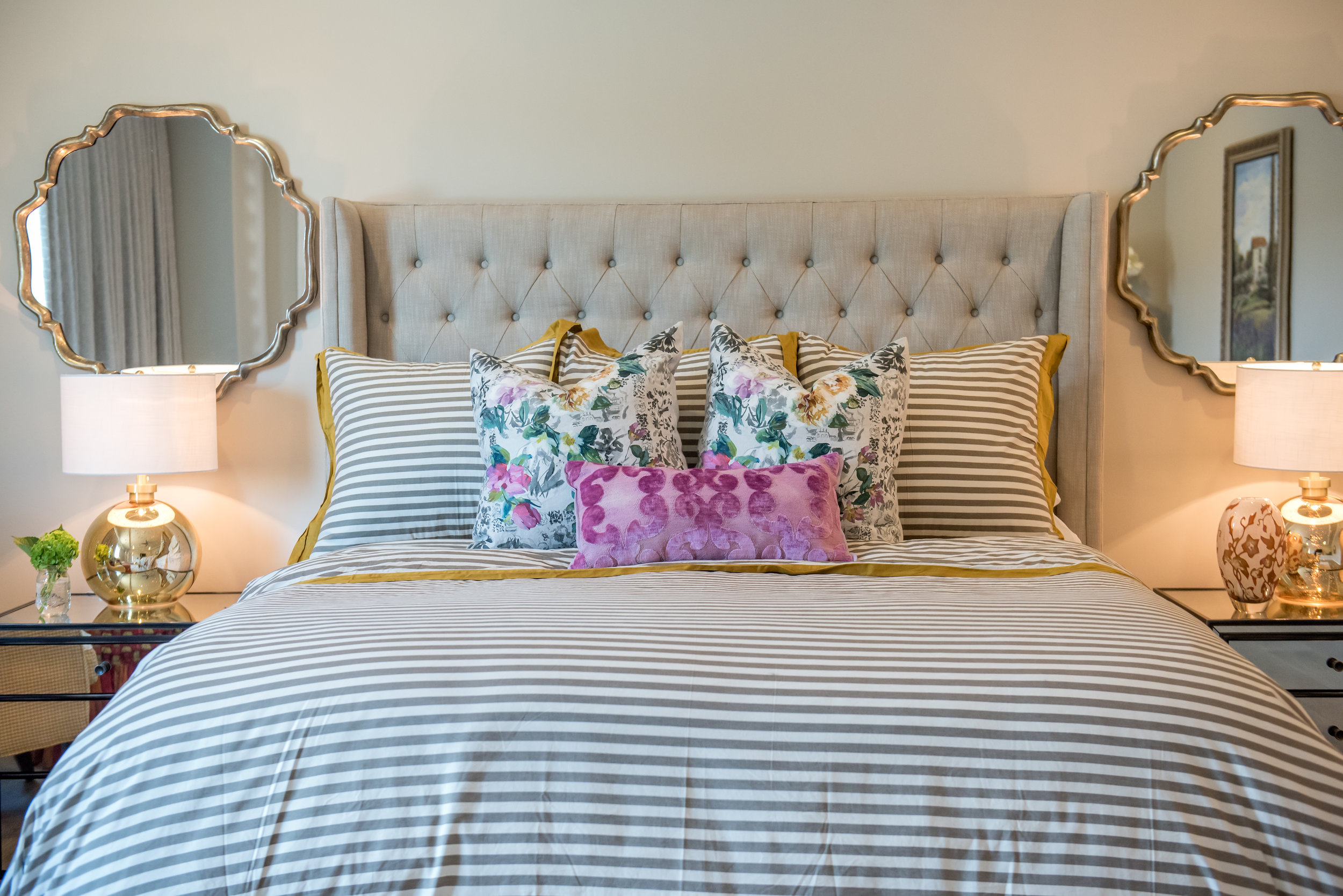 29 Scottsdale+Transitional+Masterbedroom+Designersguild+floral+brights.jpg