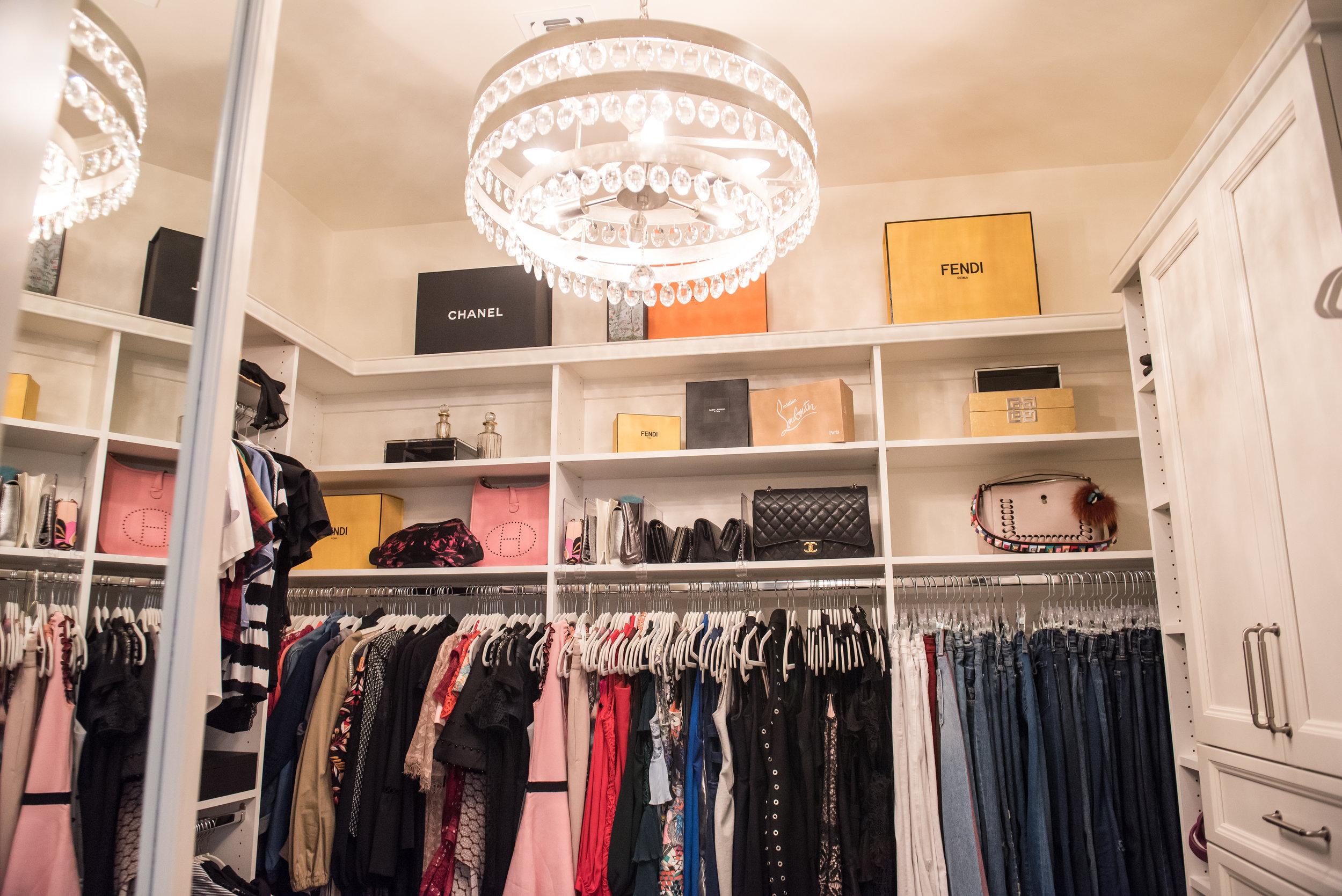 35 Closet+Chandelier+Hercloset+Scottsdale.jpg