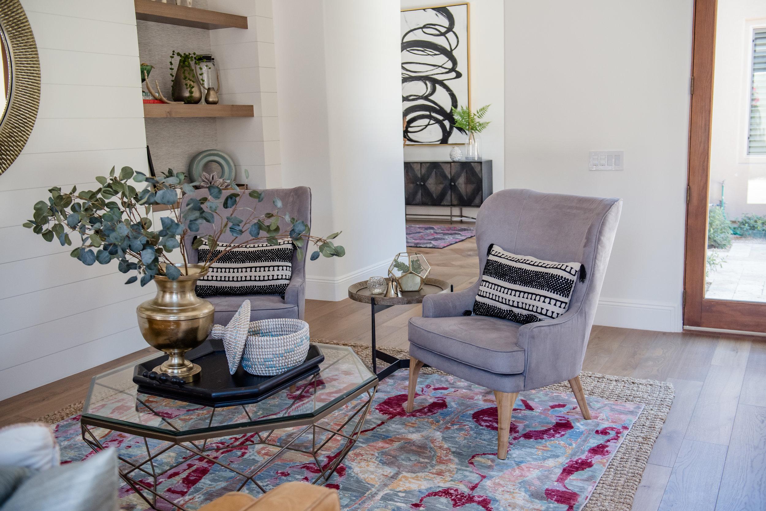 7+LivingRoom+Boldrug+Ikat+Roundmirror+builtins+shiplap+graychairs+Leathersofa.jpg