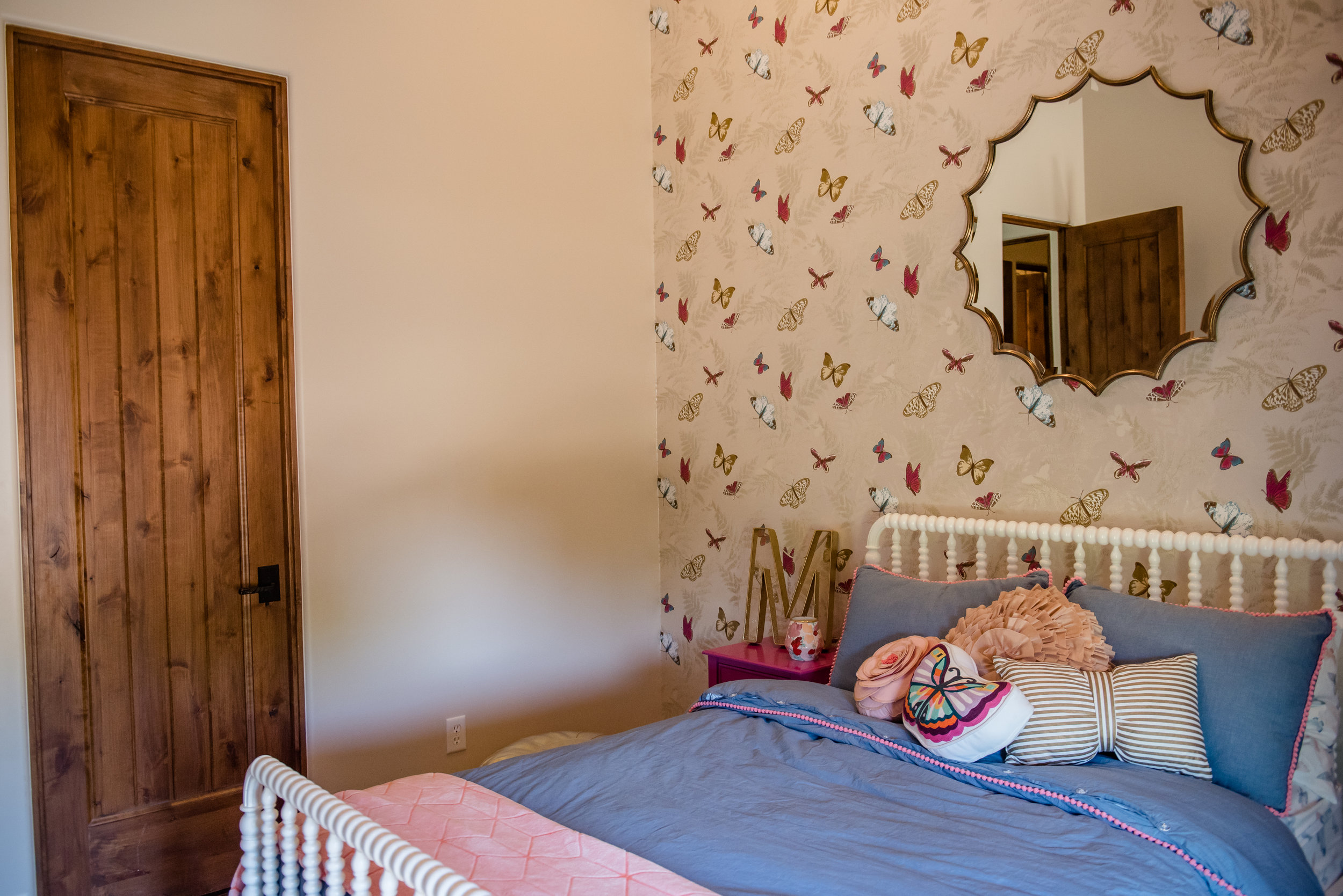 48+girlsroom+mirror+wallpaper+butterfly+bedding.jpg