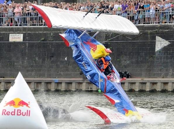 Red-Bull-Glider.jpg