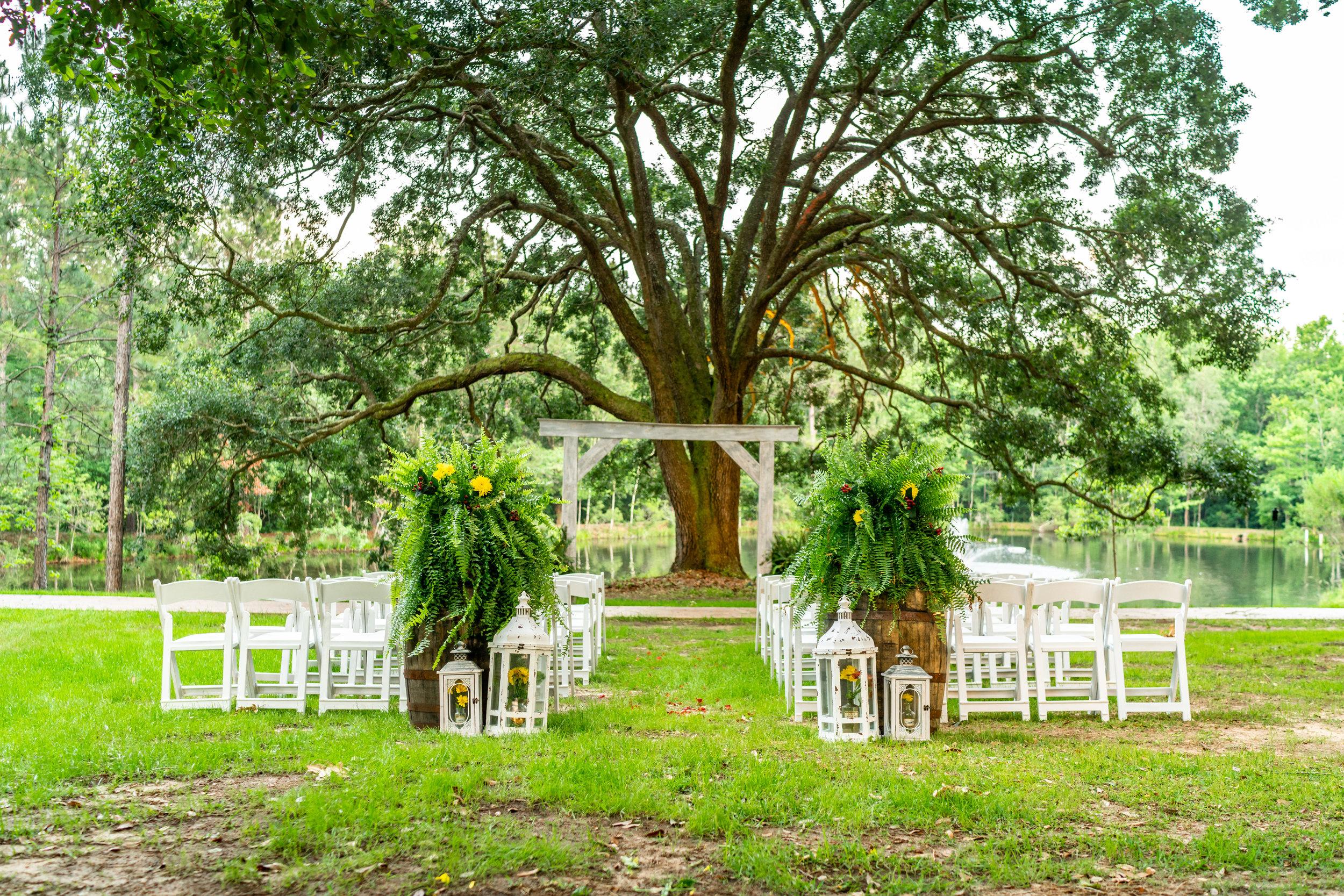 vintage-wedding-vendor-pensacola.jpg