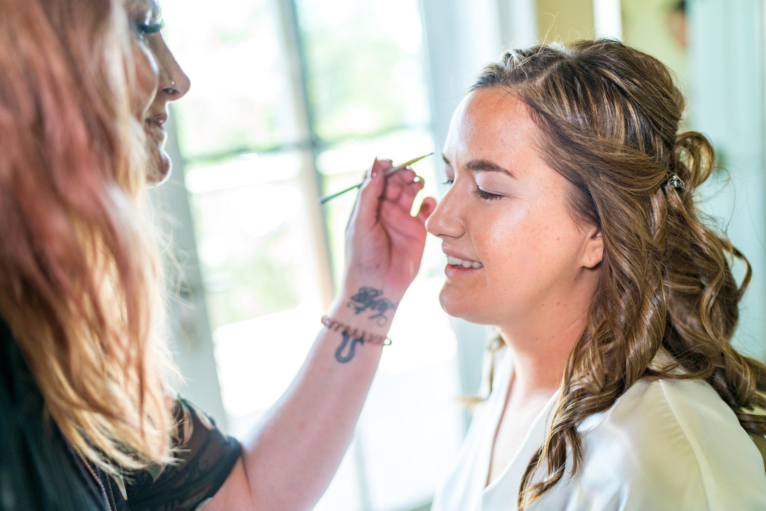 bride-makeup-details-wedding-photographer.jpg