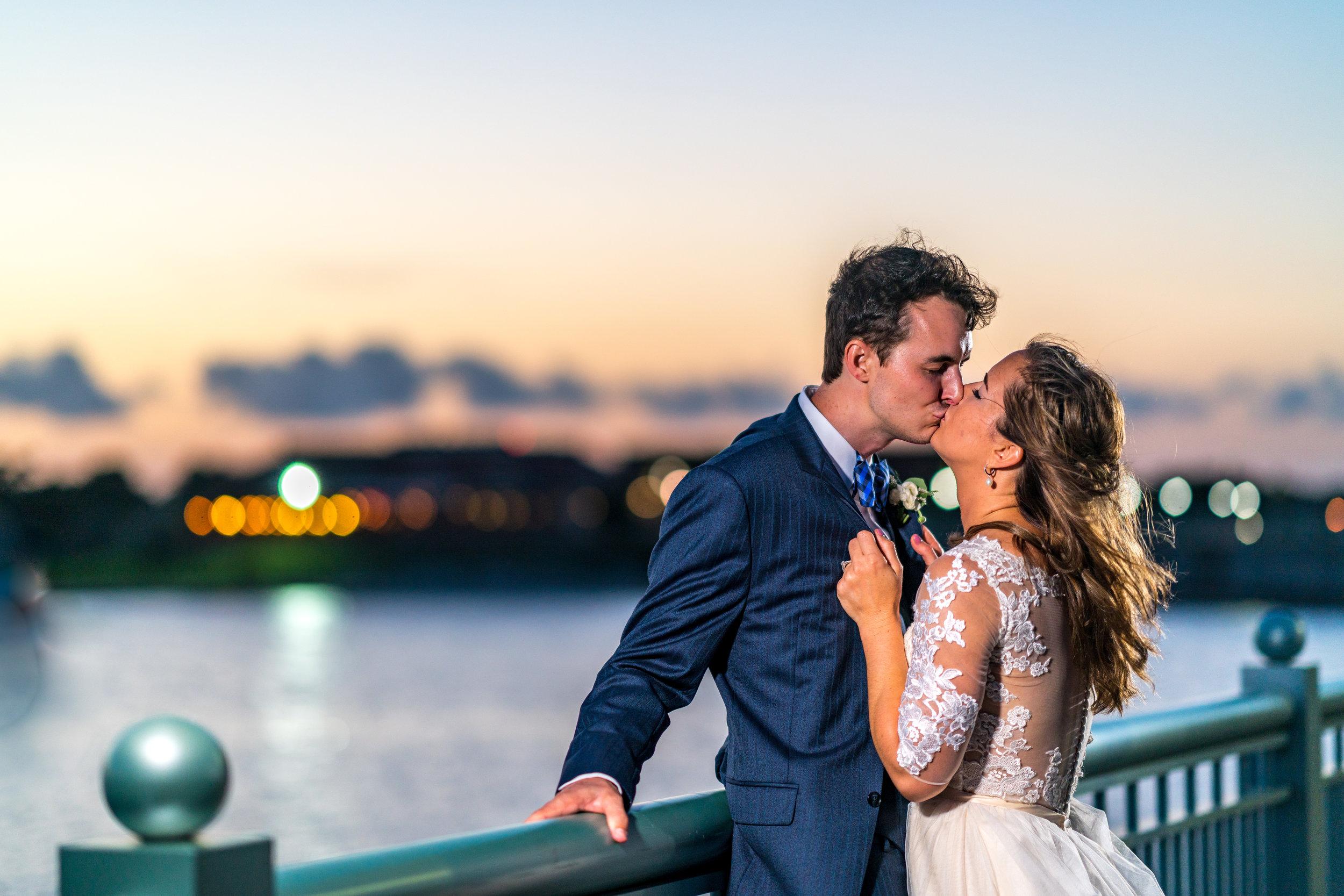 bride-groom-downtown-photo-ideas.jpg