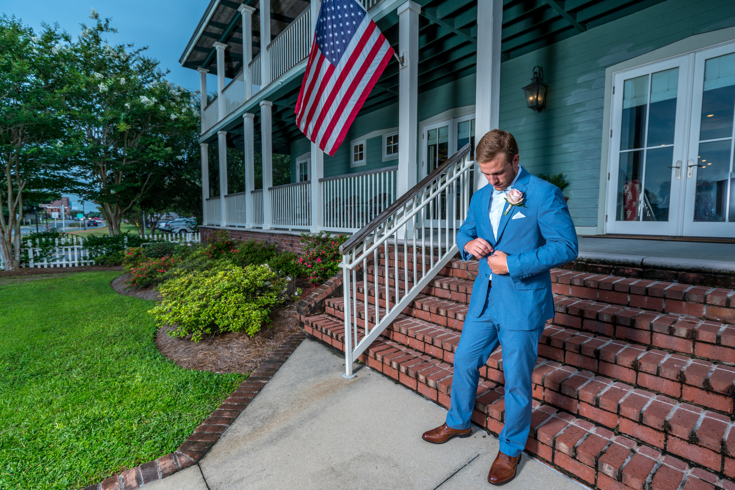 groom-tuxedo-lee-house.jpg