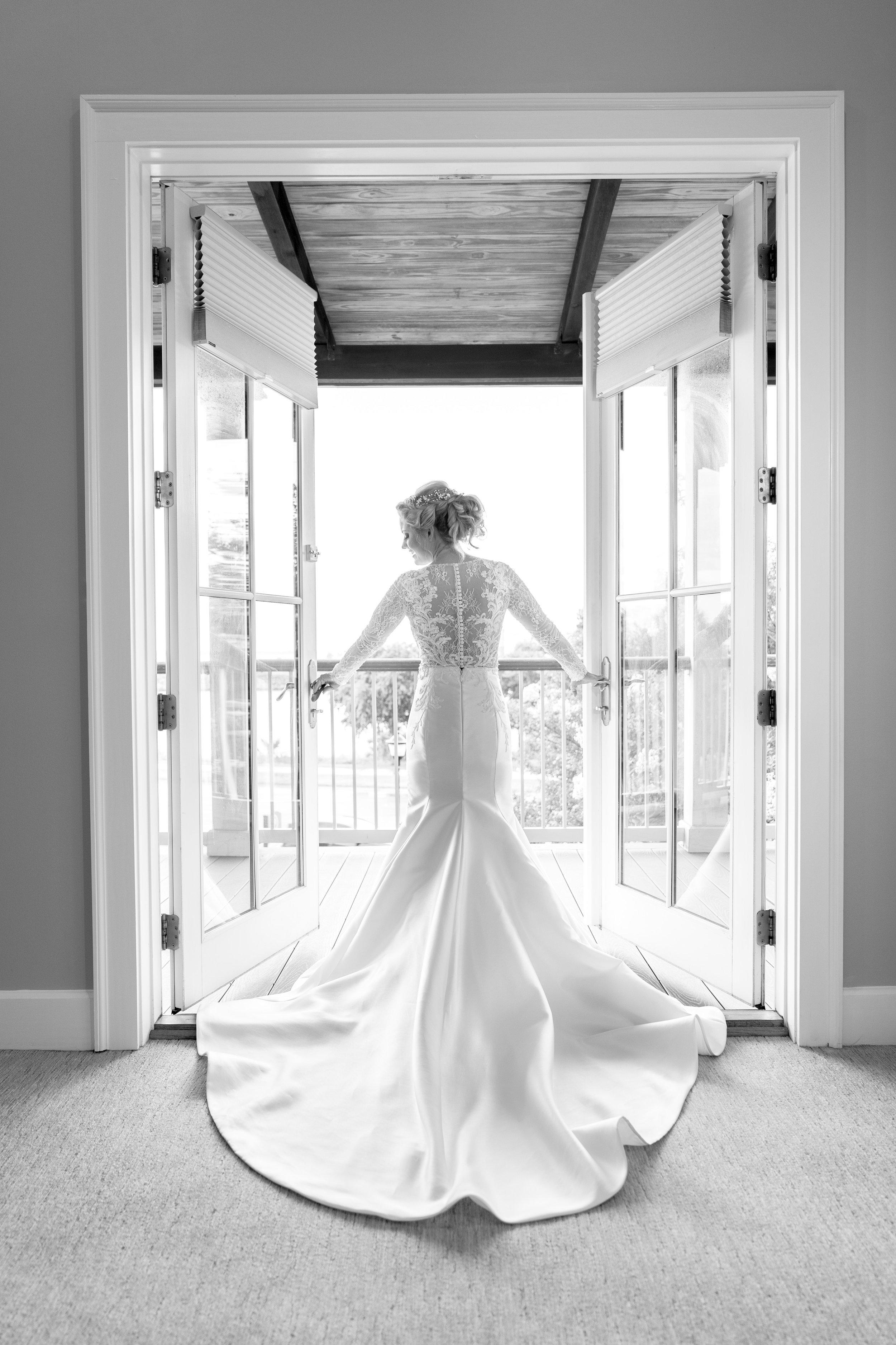 bridal-wedding-dress-photography-ideas.jpg