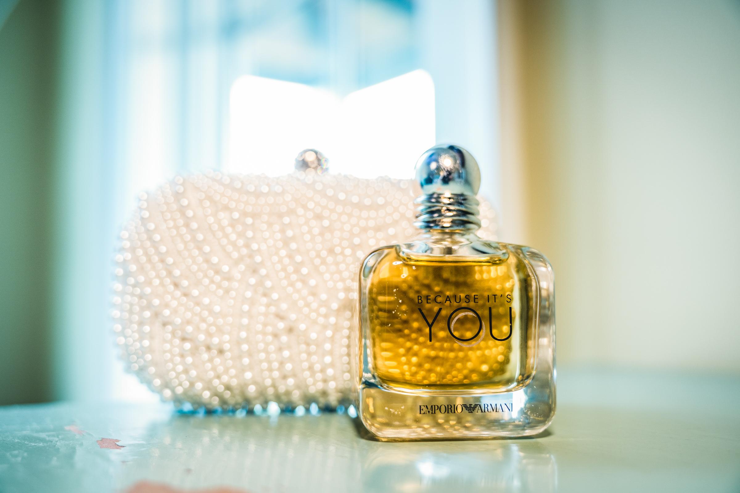 wedding-perfume-details.jpg