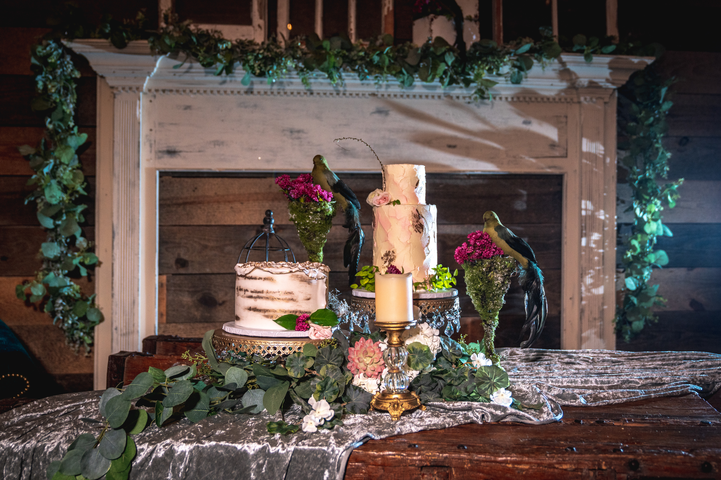 Wedding-cake—pensacola-photography.jpg