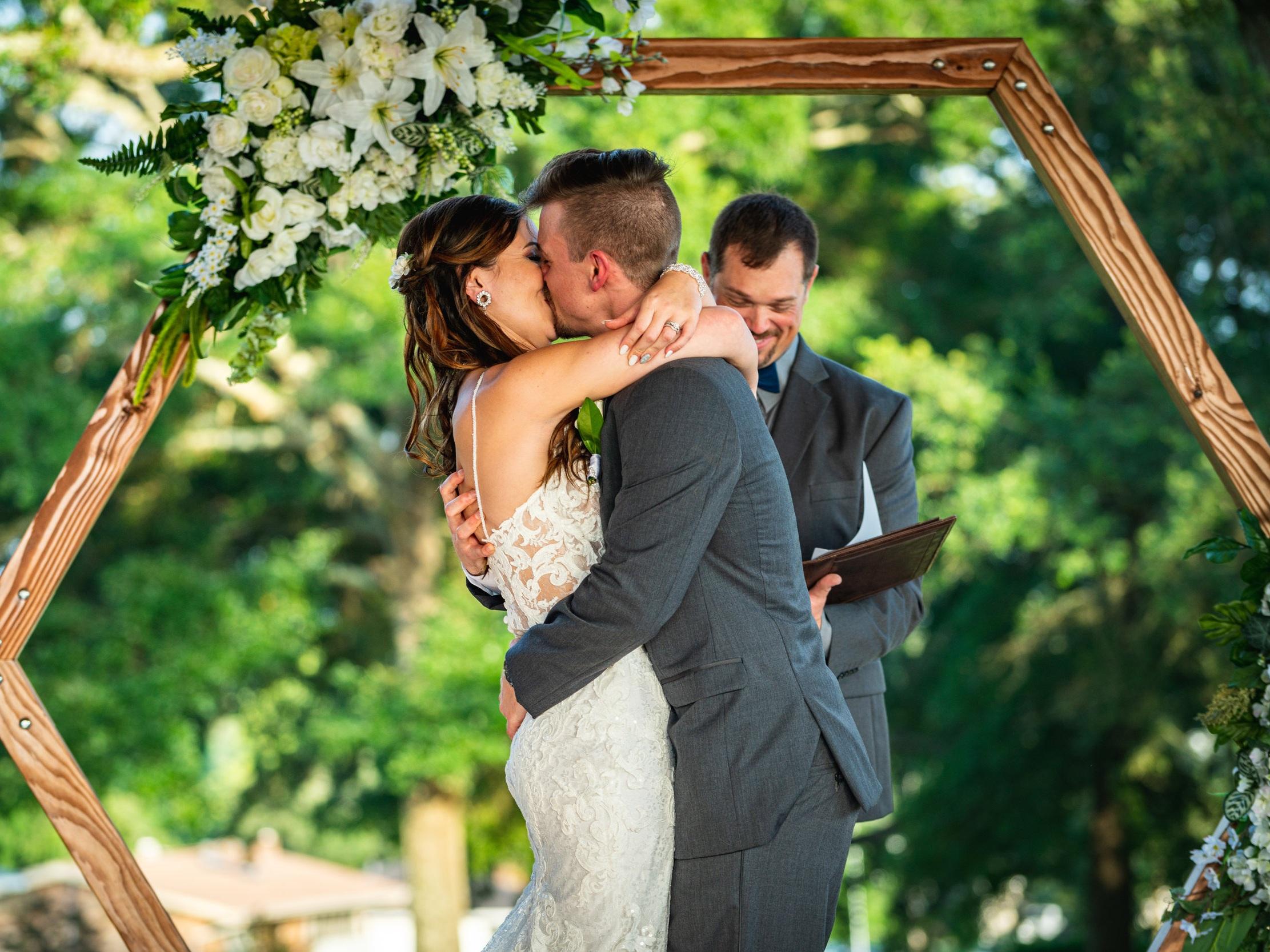 pensacola-wedding-photographers.jpg