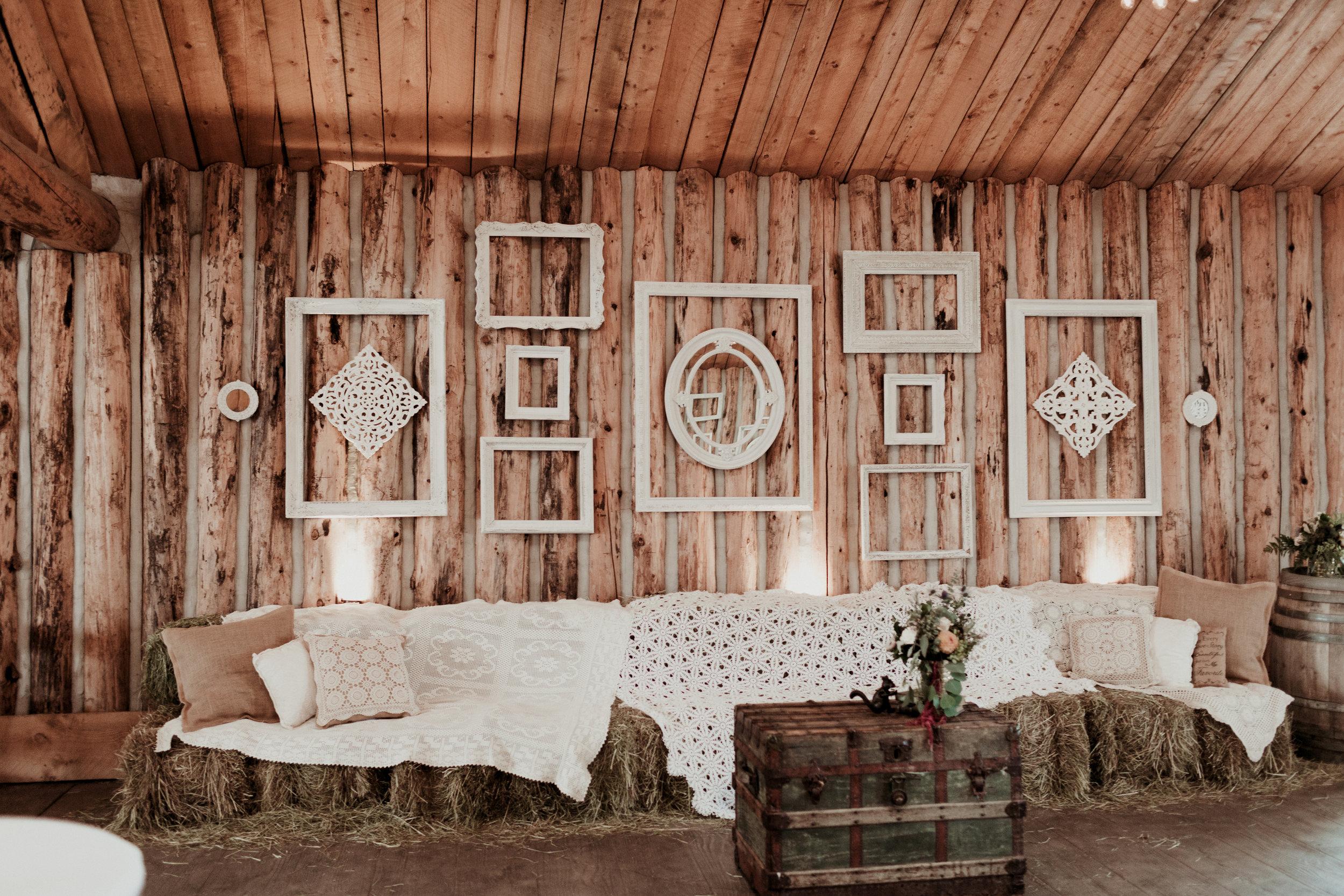 wedding decor and design florals flowers