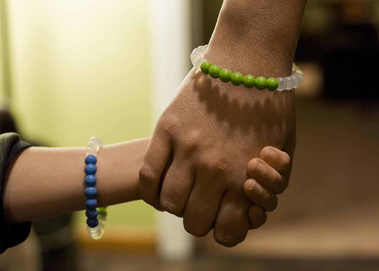 holding_hand.jpg