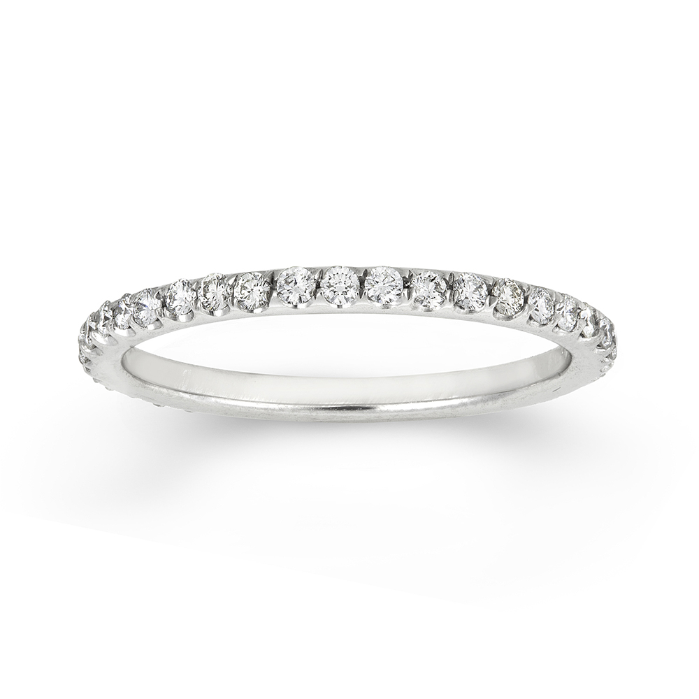 MODERN CUT PAVE BAND