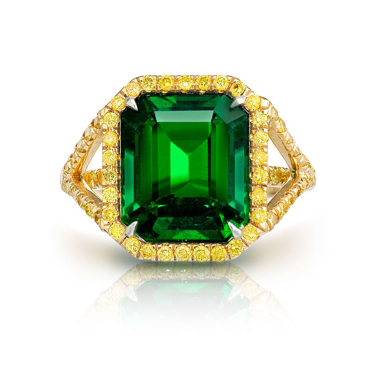 EMERALD RING WITH FANCY VIVID YELLOW ROUND DIAMONDS CRAFTED IN 18K YELLOW GOLD, 7.79 CTW