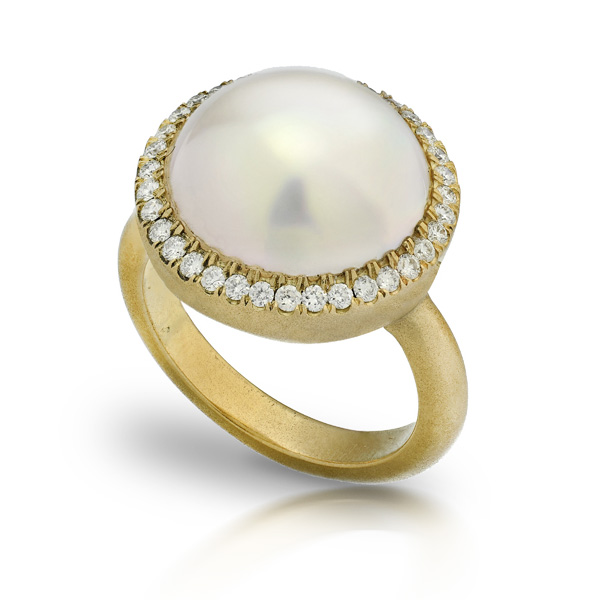 PINKISH WHITE 12mm MABE PEARL STAR RING WITH NEAR COLORLESS DIAMONDS CRAFTED IN 18K YELLOW GOLD WITH BRUSHED FINISH, .35 CTW
