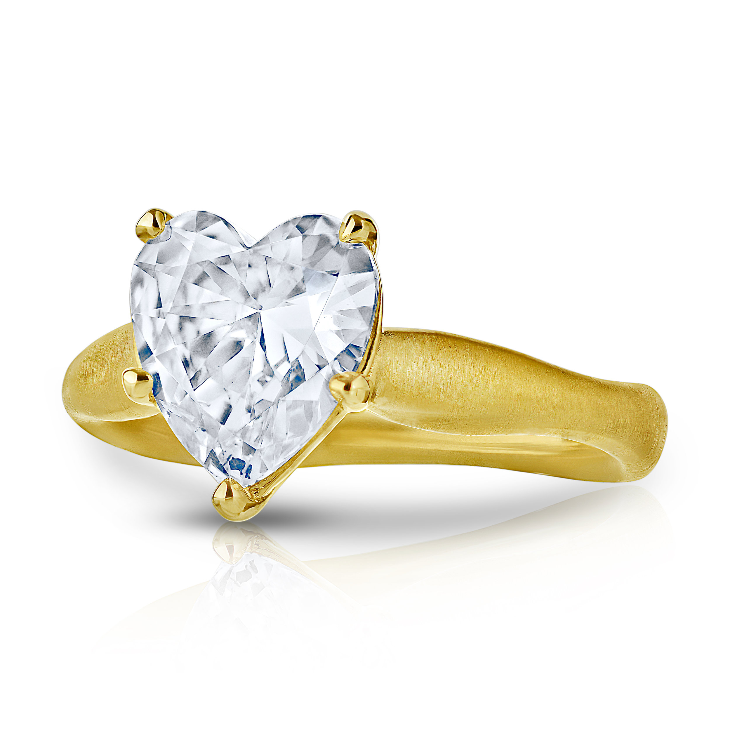 HEART SHAPED DIAMOND SOLITAIRE SET IN A WAVY BAND CRAFTED IN 18K YELLOW GOLD WITH MATTE FINISH, 1.76 CTW