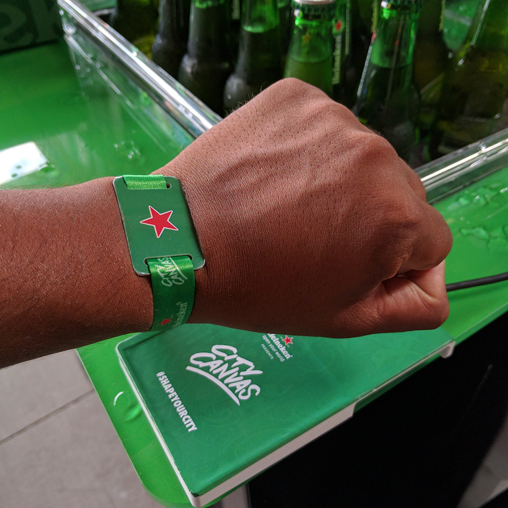 RFID Event Wristband System<strong>Molson Coors</strong>
