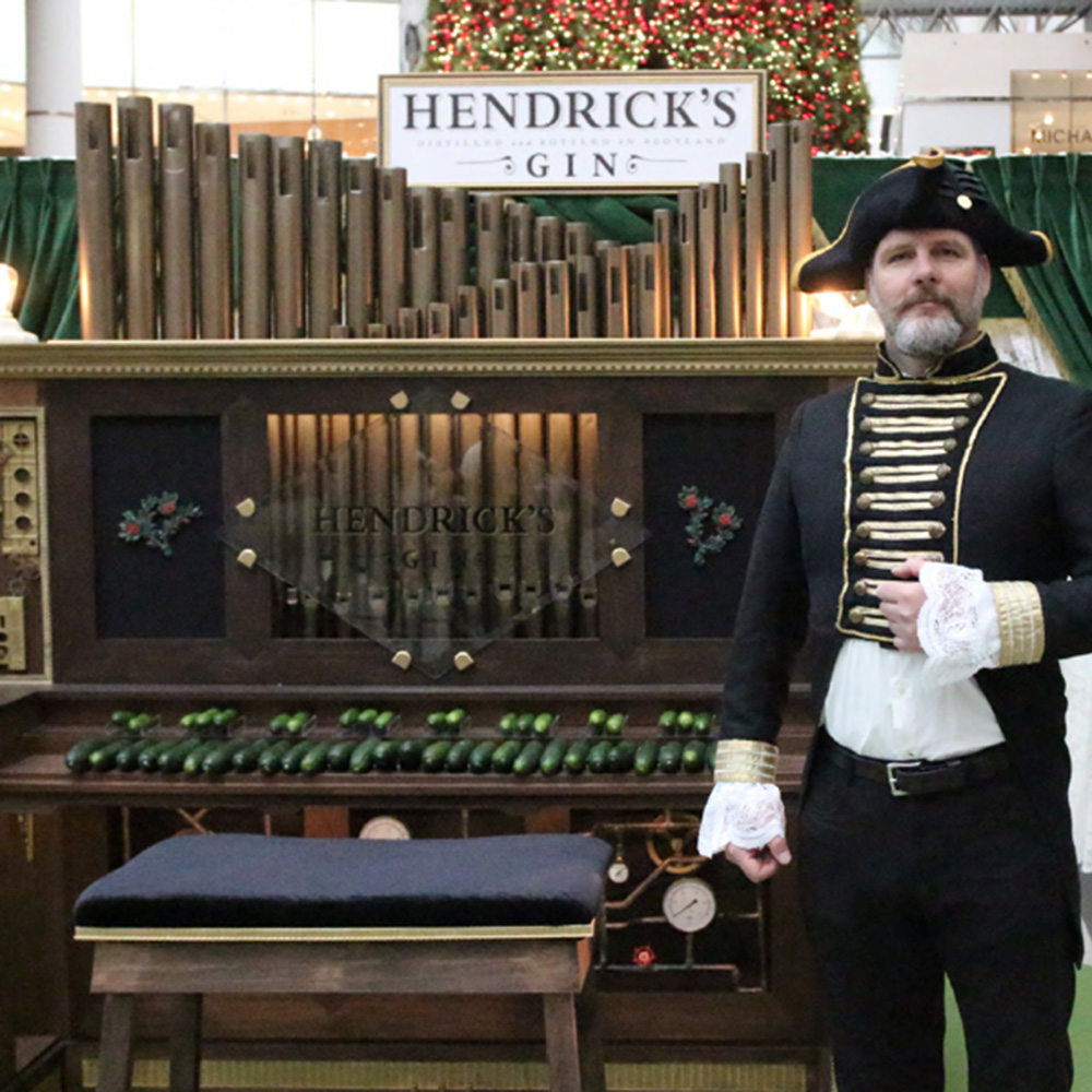 Capacitive Touch Cucumber Organ<strong>Hendrick's Gin</strong>