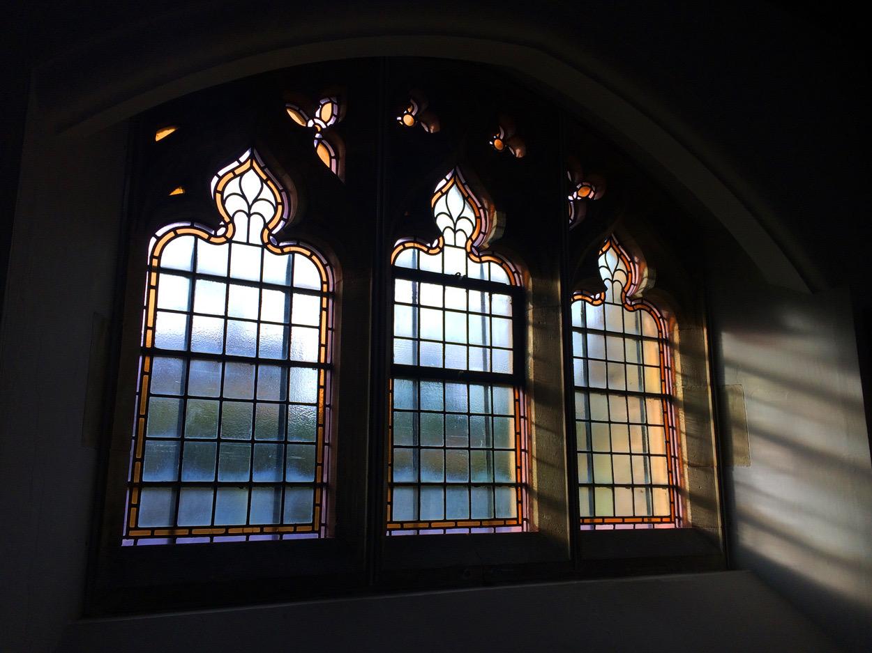 Sacred_Heart_Petworth_Church_14.jpg