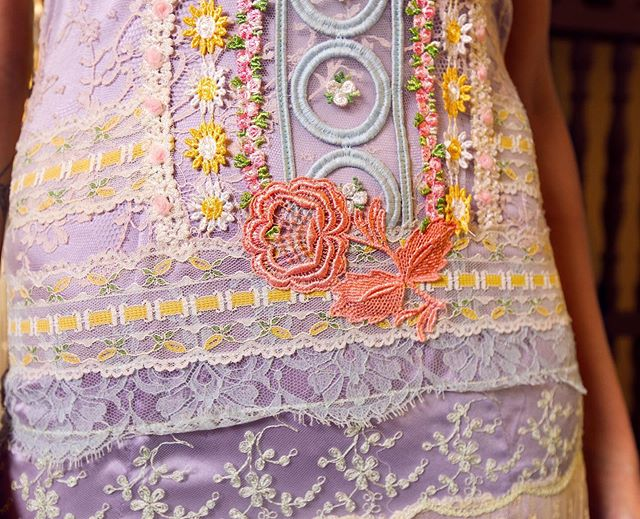 All in the details 🌼 📸: @runningfilmsproductions . . . #pastel #palette #colorful #summer #details #lace #design #couture #photography #fashionable #fashion #photoshoot #shop #shopping #love #weddingphotography #style #trend #moda #sanjuan #puertorico #design #art #artist