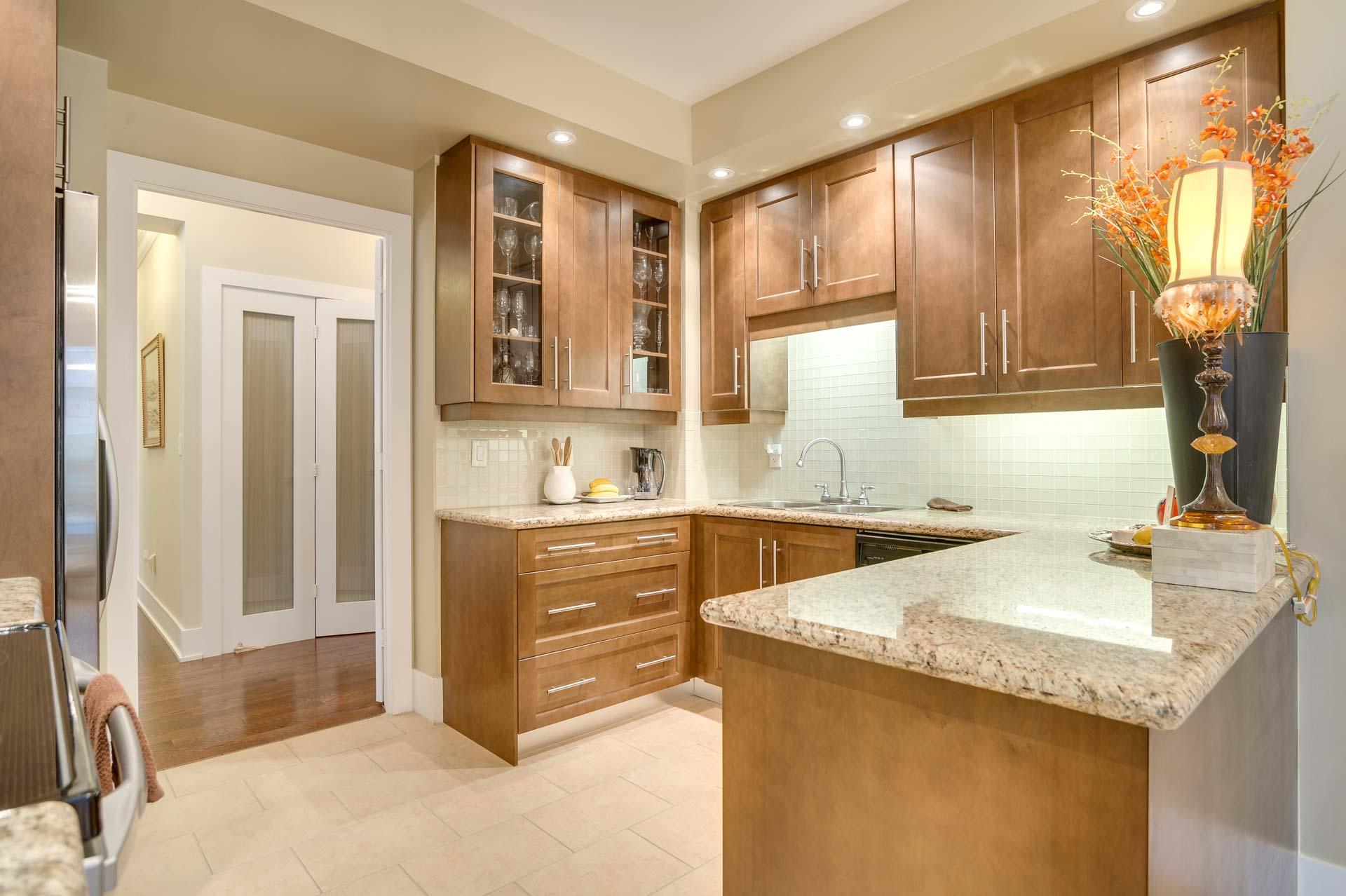 17_kitchen3.jpg
