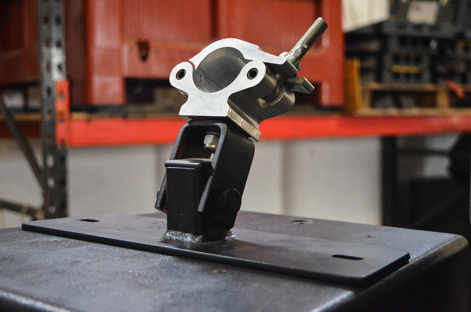 HOOK CLAMPS, SUSPENSIONS & Couplers