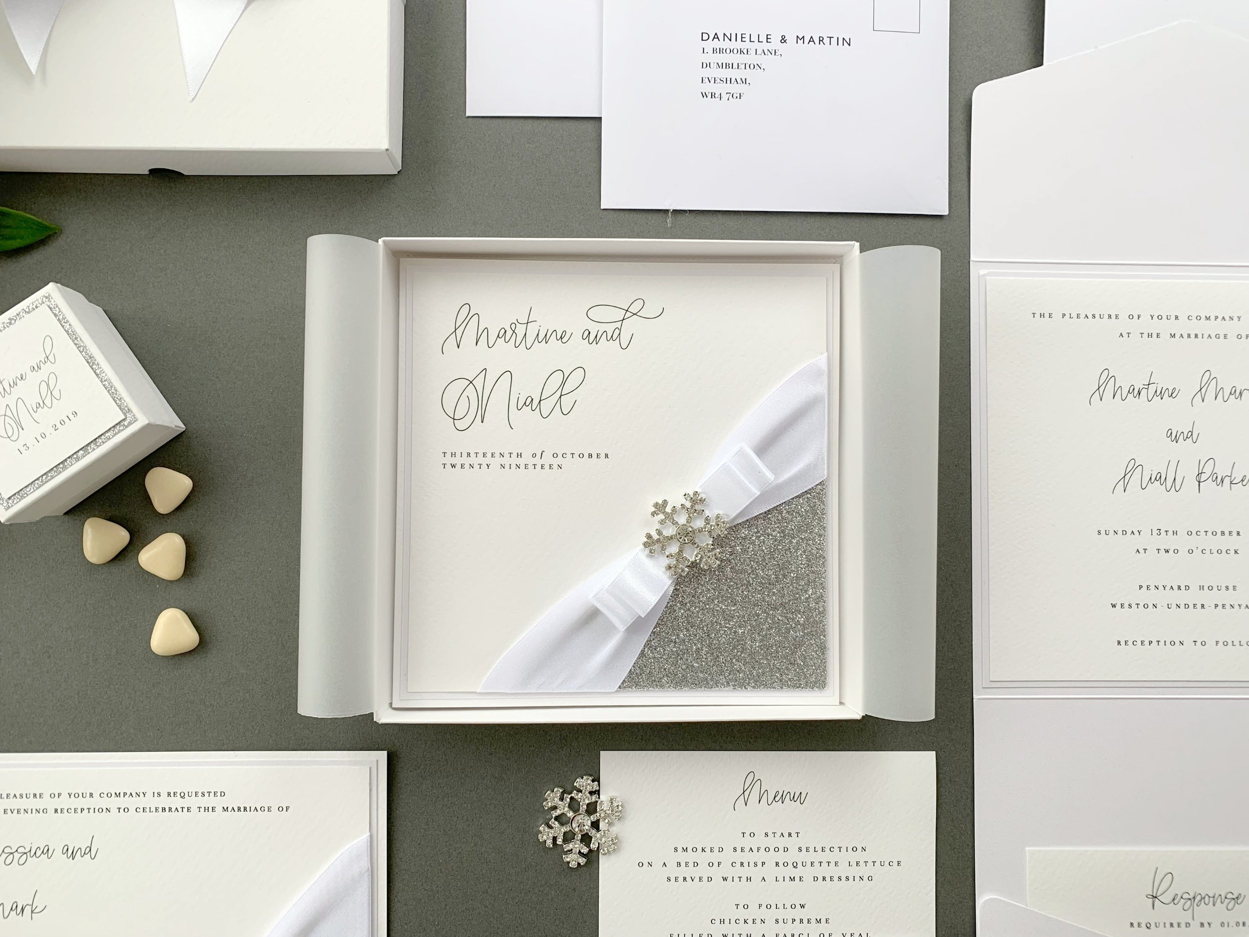 Folded Invitation (with Presentation Box)