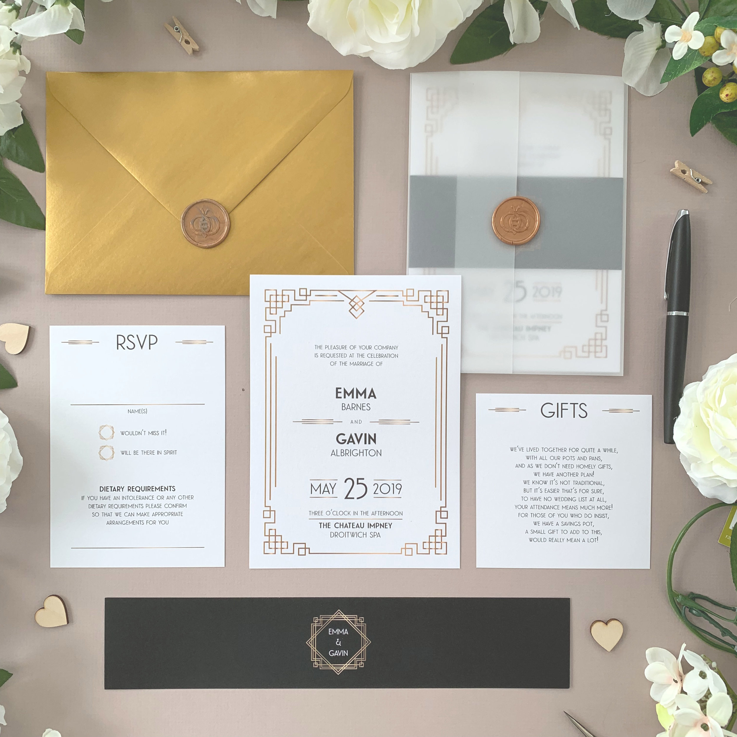 Earl's Court - Inspired by the glamorous 1920's, this Art Deco-inspired classic wedding invitation suite evokes the Gatsby era with classical typography and artwork, befitting a glitzy wedding day.The classic invitation suite is our most popular configuration and hugely versatile. If you don't have much to say or want to keep things simple you can even just order the invitation card on its own, which is an ideal option for evening guests.Most couples opt for a suite of items for day guests which can then be bound, with a choice of a paper belly band, vellum jacket, sticker or wax seal to keep multiple cards beautifully neat and together.Coloured envelopes are available, in addition to printing of guest names and envelopes to make the process even easier.