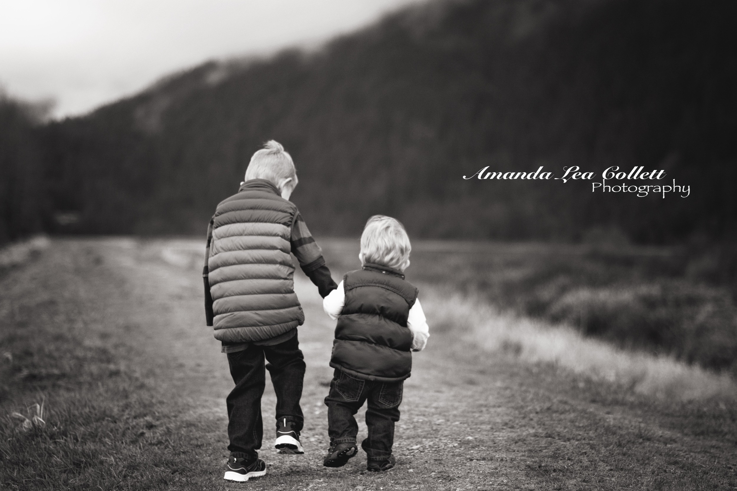 I love the black and white photos here, just shows a bit more depth to the simple fact there is nothing like brotherly love. Thanks for checking these images out.