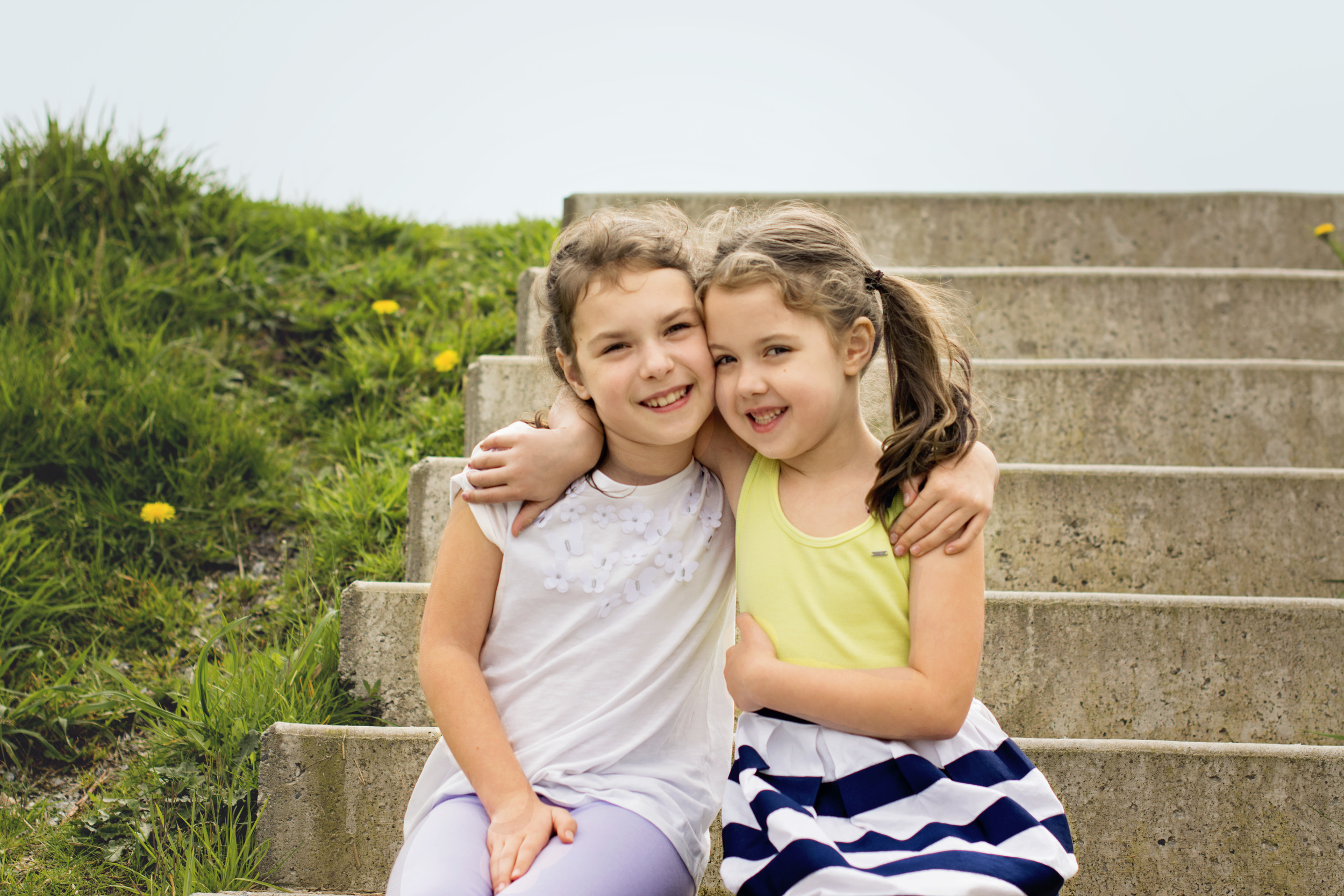 I had so much fun capturing these two sisters, it is so obvious the strong they have and how adorable and goofy they are together! Here's my top fav's for you to take a peak at! Hope you enjoy them as much as I do!