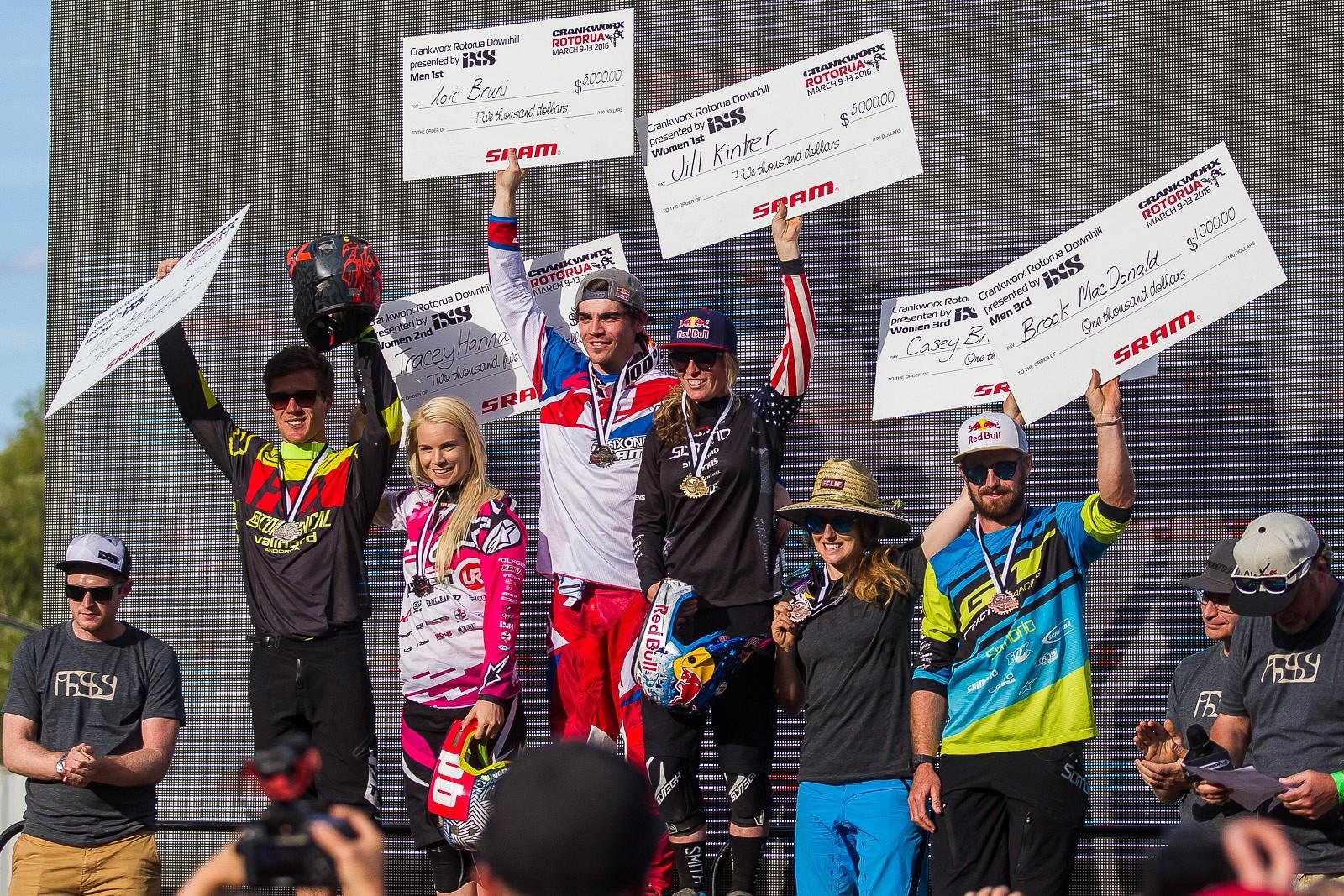DH podium 2016