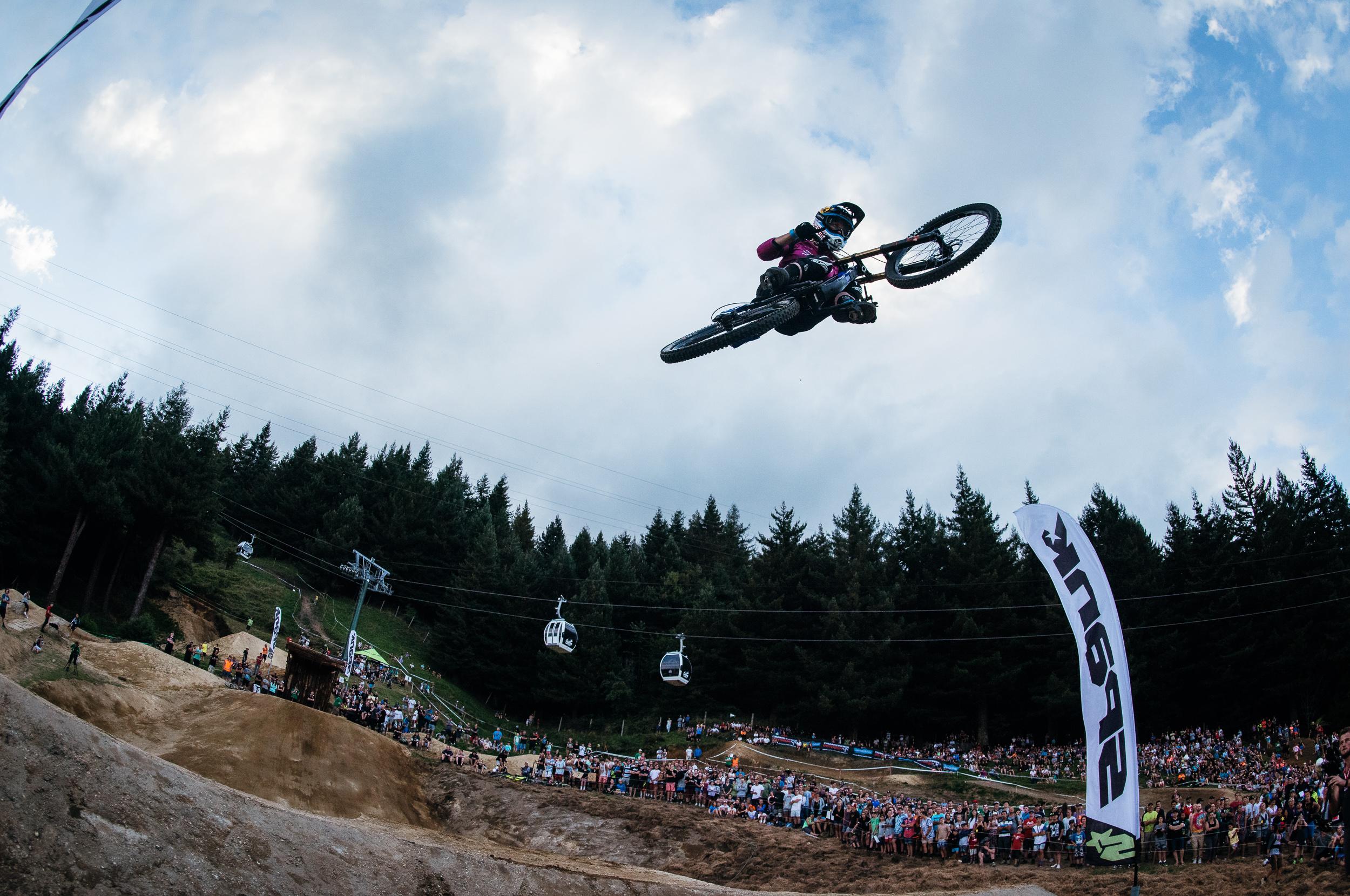 Photo : Paris Gore - Whip off