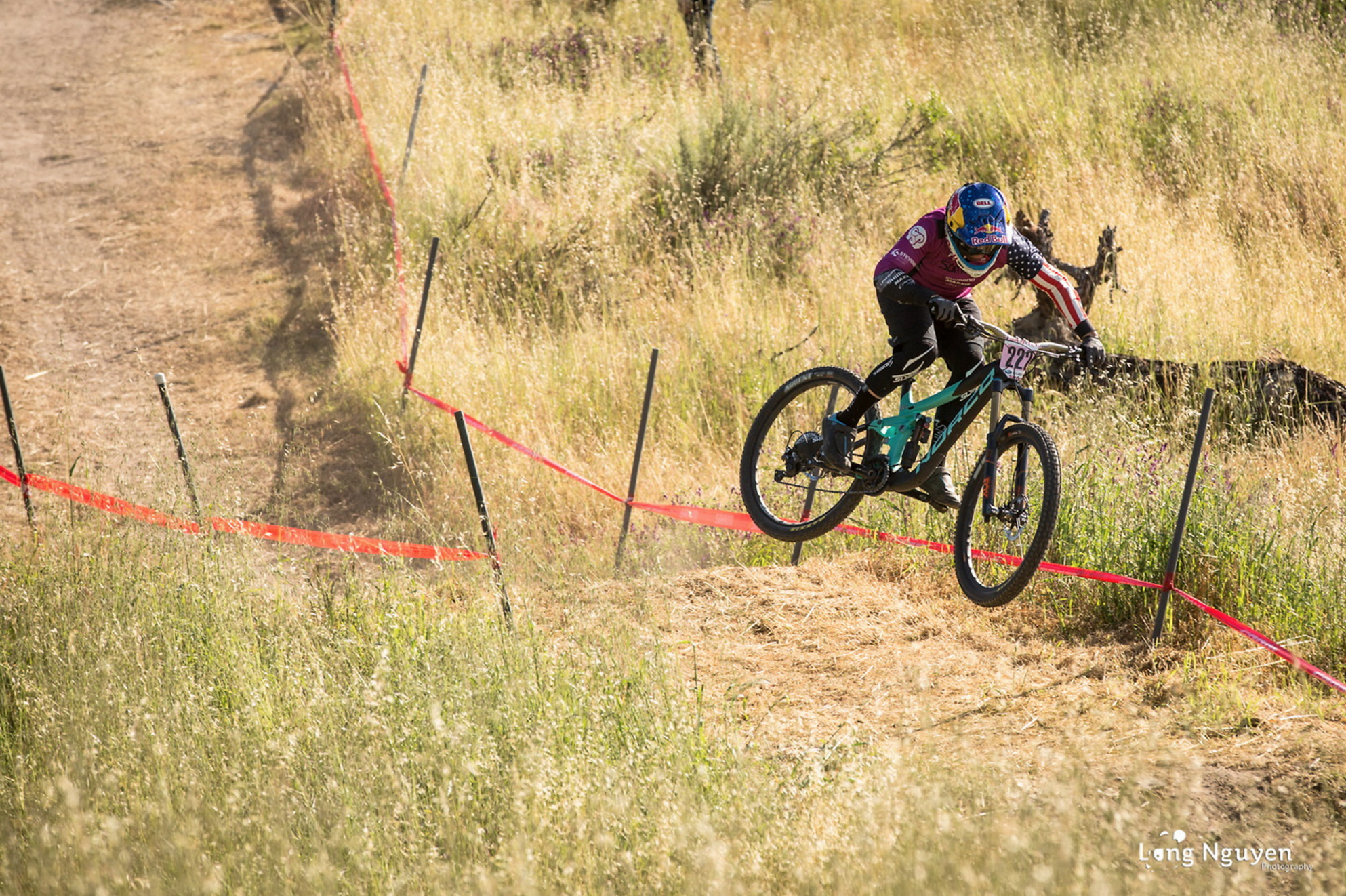 DH action- Photo Long Nguyen