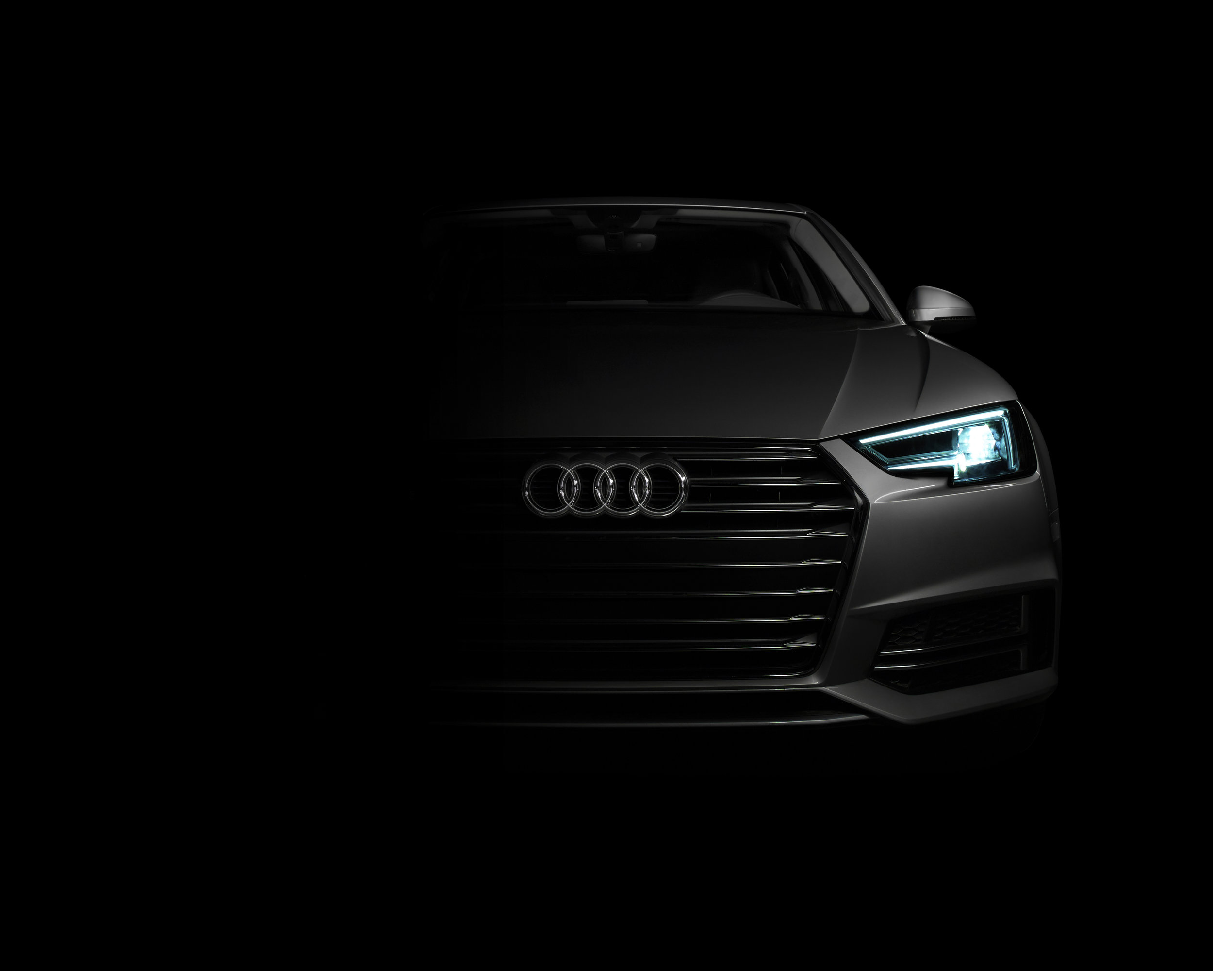 Audi_A4_In_The_Spotlight_04_NoHL.jpg