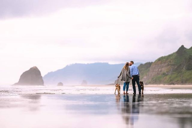 Finally made it out to the coast. I'll never get over how awesome the oregon coast is. . . .Make sure your photos are as amazing as you are! Book your wedding at www.timothycapp.com . . .  #portlandweddingphotographer#weddingphotography #wedding #bride #weddingphotographer #weddingday #weddingdress #photography #love #weddinginspiration #groom #bridetobe #weddings #prewedding #photographer #weddingideas #weddingplanner #weddingphoto#destinationwedding #instawedding #photooftheday #weddinginspo #weddingmakeup #weddingplanning #photoshoot #couple #bridal #mauiweddingphotographer #hawaiiweddingphotographer #tampaweddingphotographer