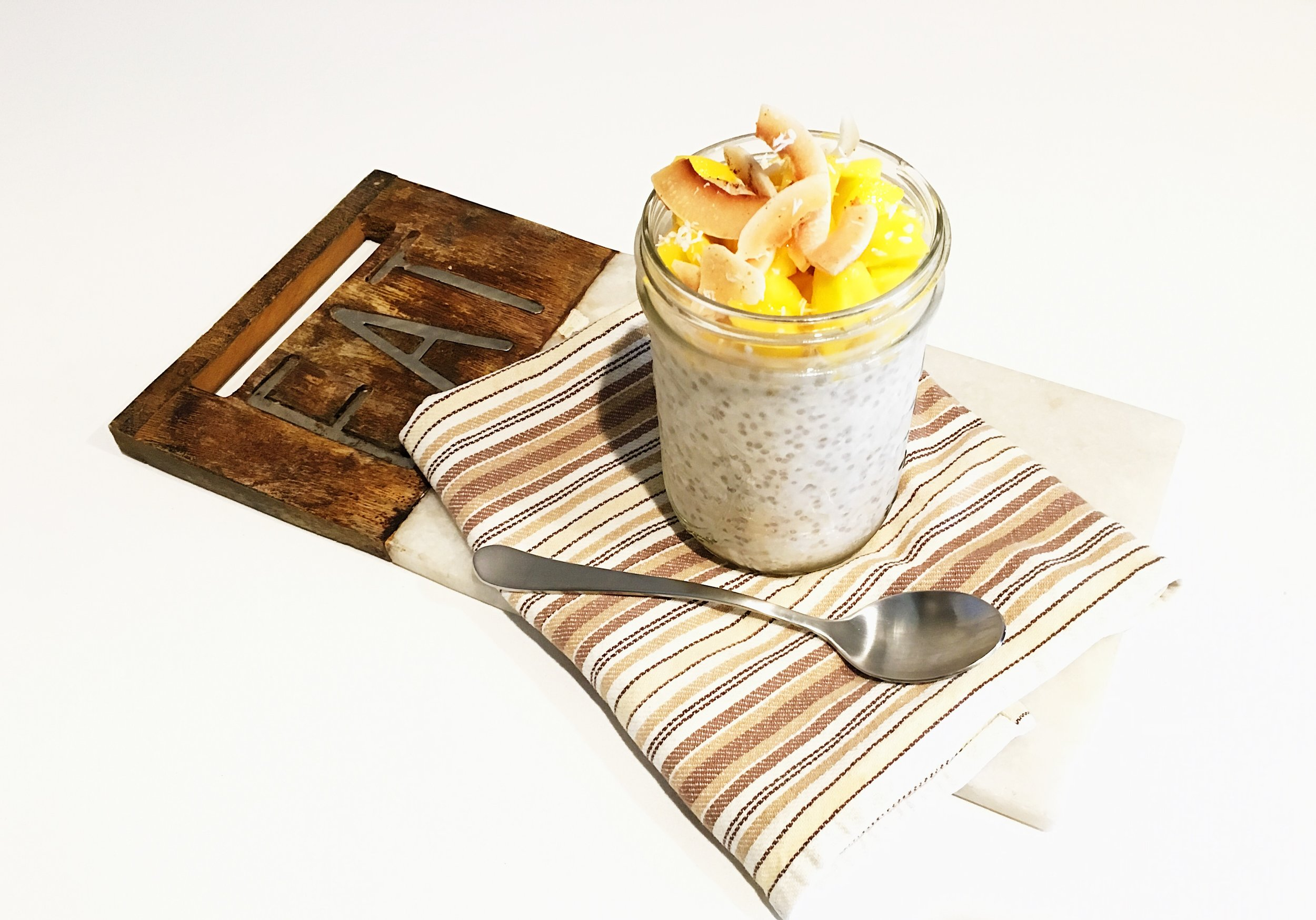 Coconut Overnight Oats with Grilled Mango -