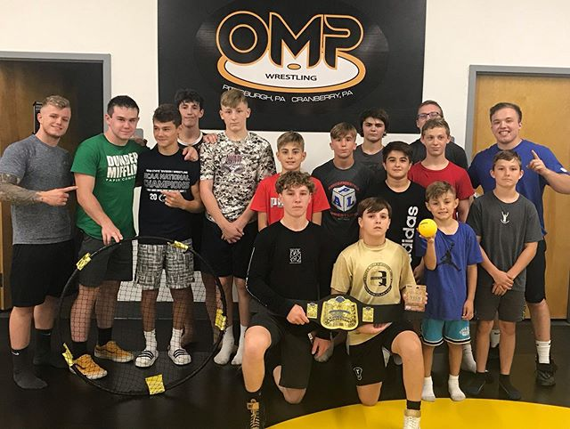 1st annual OMP Wrestling Spikeball Tournament was a success!  Congrats to Justin, Logan, and Coach Jack for winning the belt!  Hope to see more go after the belt at the end of next summer 💪🏻 For now, we keep our eyes pointed to March.