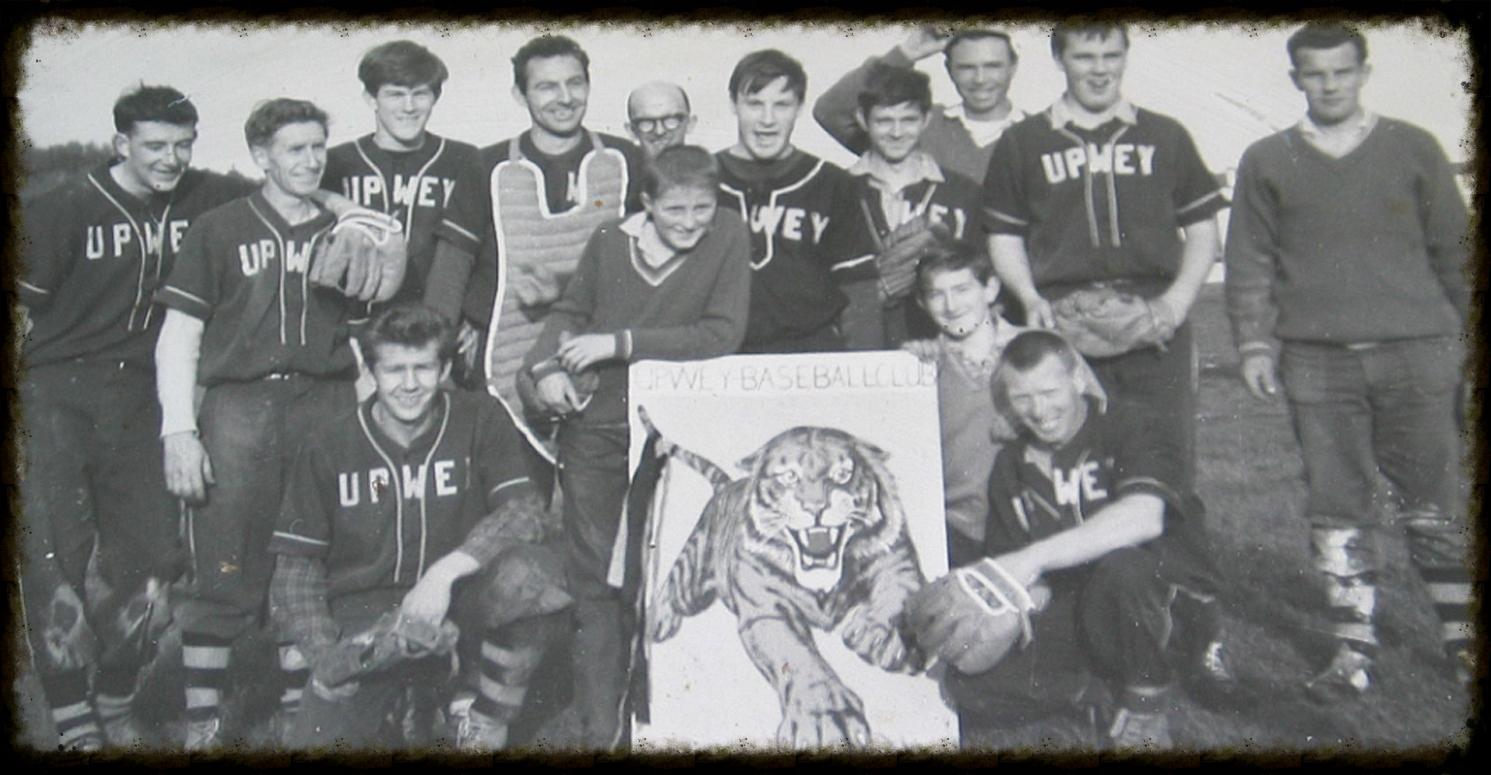 old_tigers2.jpg