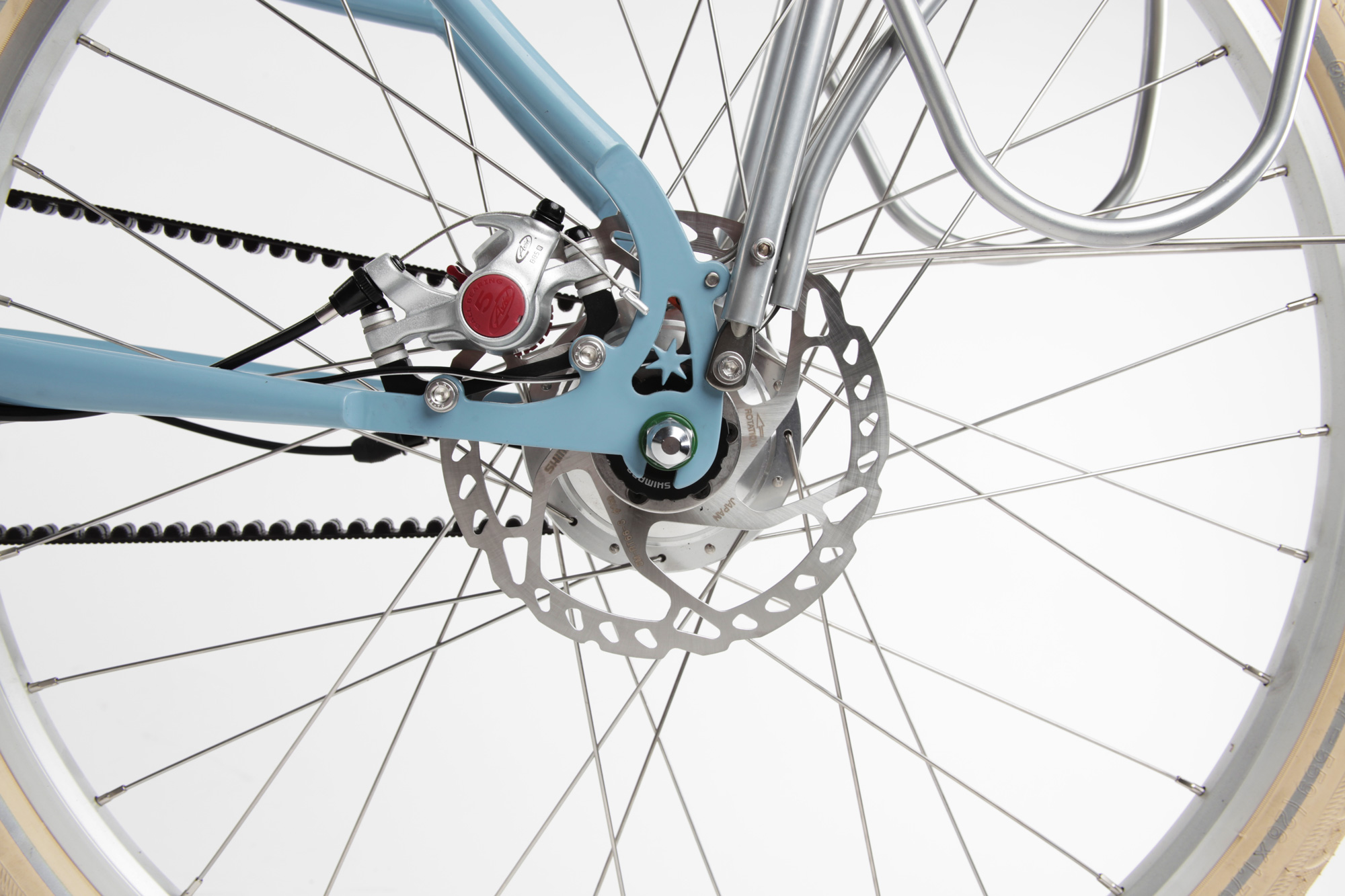 Internal Gear Hubs and Disc Brakes:  Simple and durable gearing options with p owerful all weather brakes.