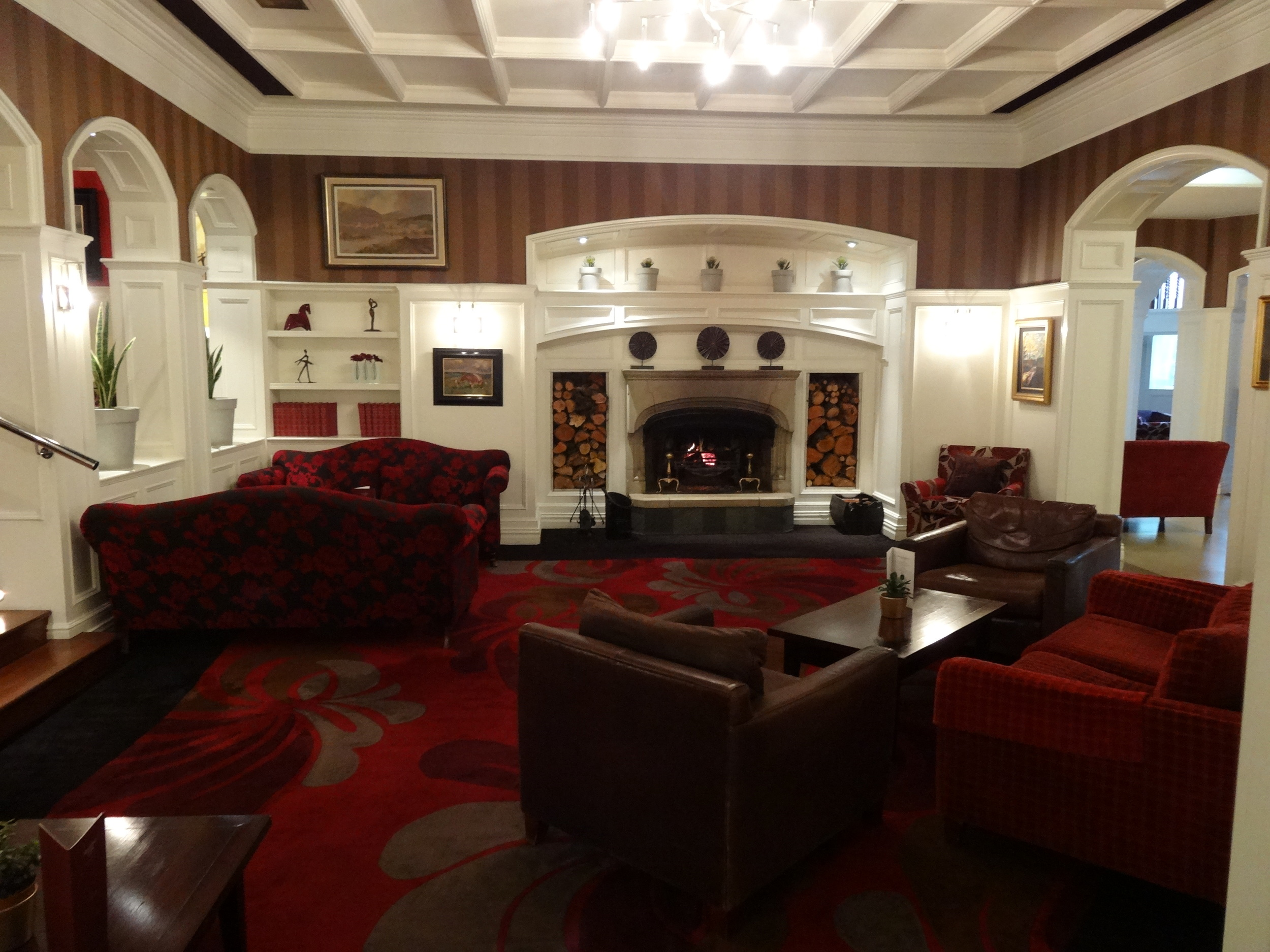 Killarney Park Lounge.jpg