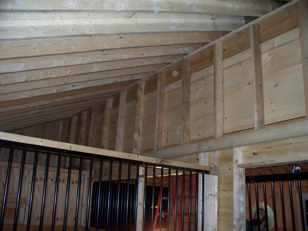 custom built barns for sale